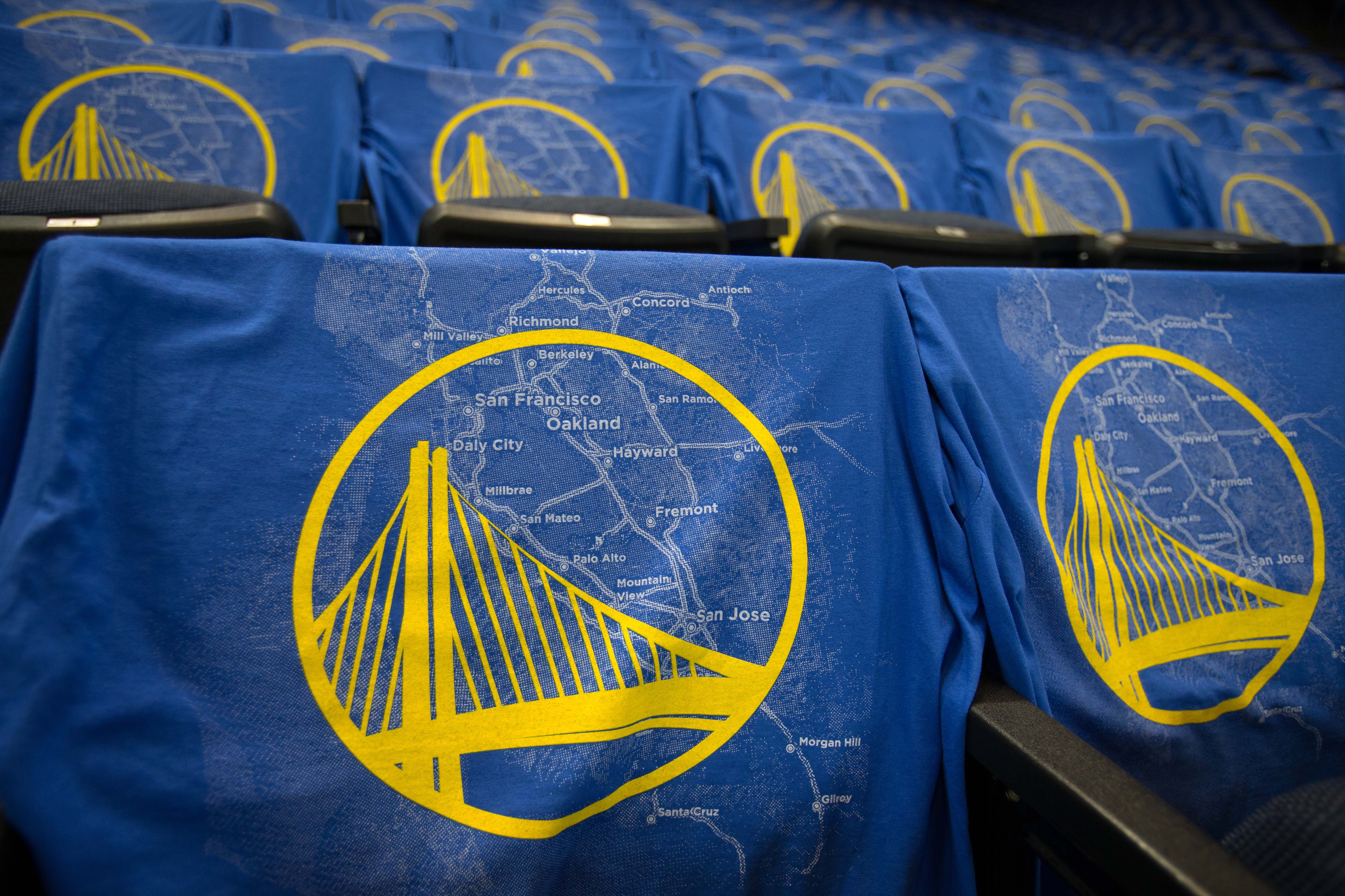 TV anchor allegedly caught on video stealing jacket from Warriors security guard