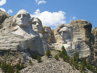** FILE ** In this July 18, 2006 file photo, Mount Rushmore National Memorial is shown near Keystone, S.D. (AP Photo/Dirk Lammers, File)