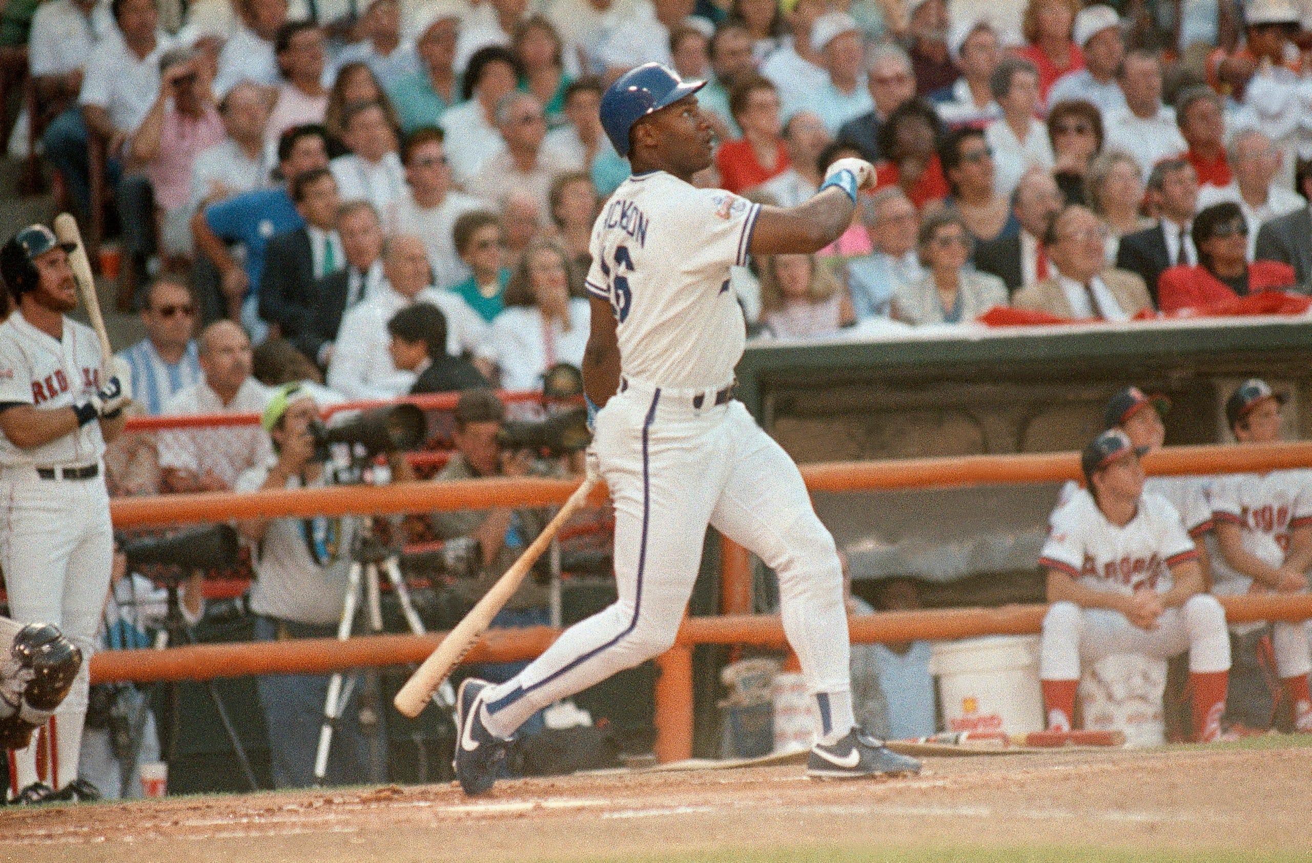 Bo Jackson: Tampa Bay Buccaneers(1986, 1st round); Los Angeles Raiders (1987, 7th round)