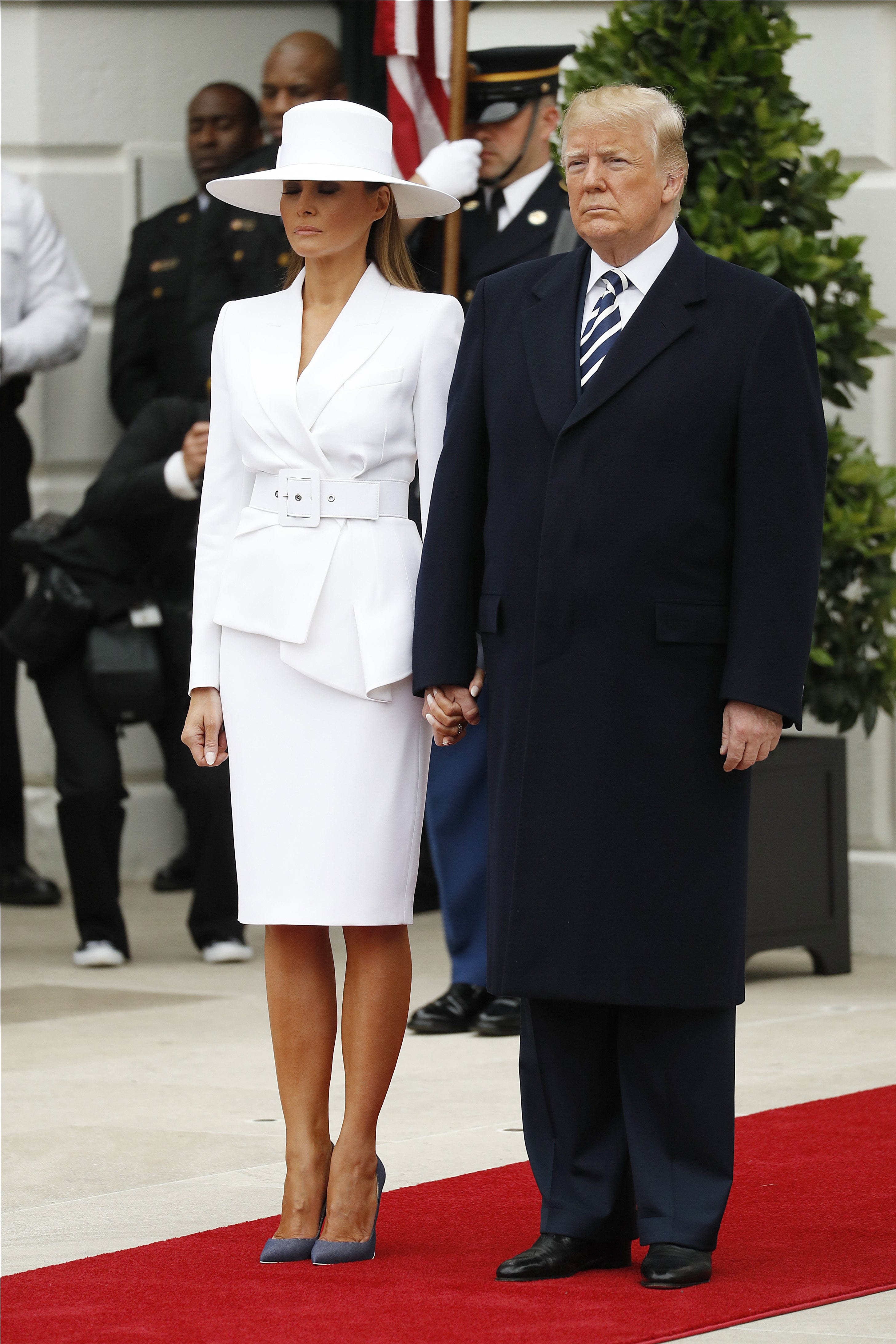 Melania's white hat and suit earn Beyoncé, Olivia Pope comparisons from Twitter
