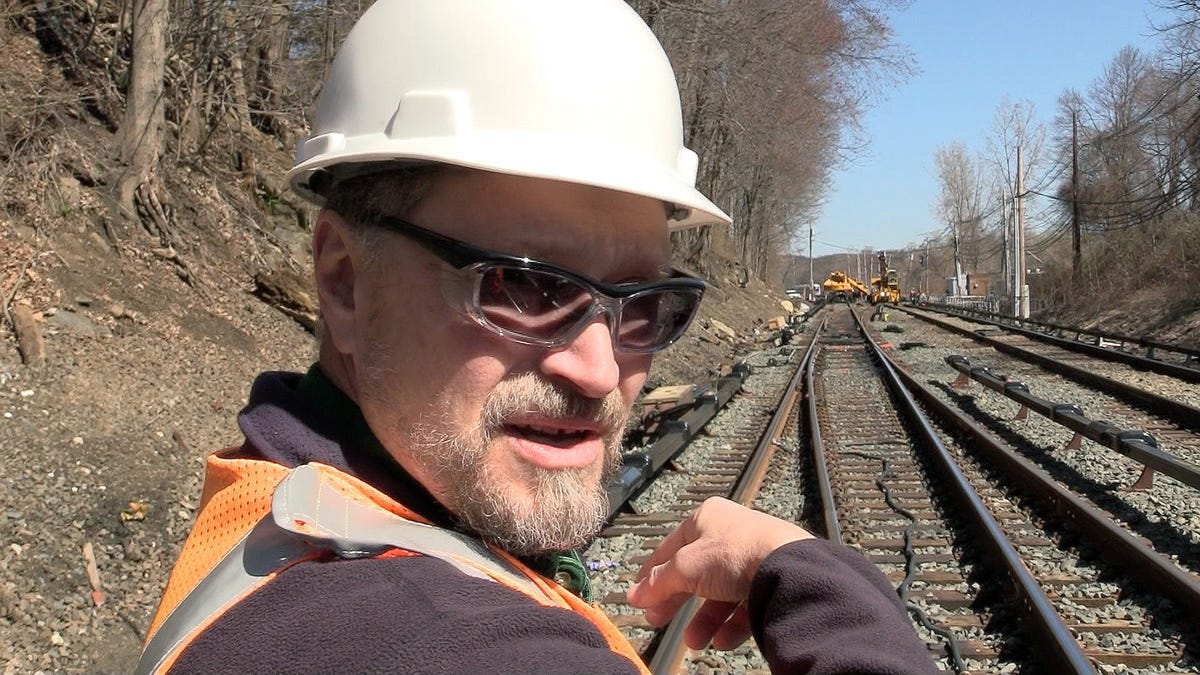 Metro-North track workers broke overtime records after