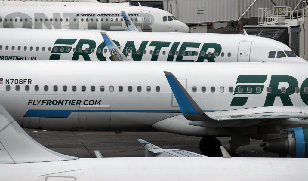 Frontier Airlines zipper pull