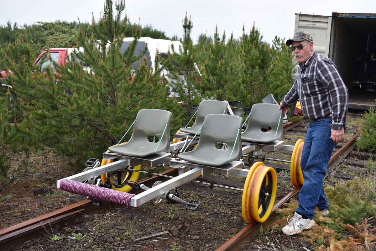 Mason County gets pedal-powered rail riding attraction
