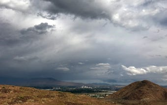 Check out this time-lapse view of stormy weather moving across the Reno region on Oct. 4, 2018.