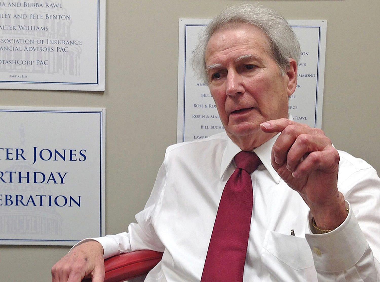 Long-serving Republican Rep. Walter Jones dies at 76