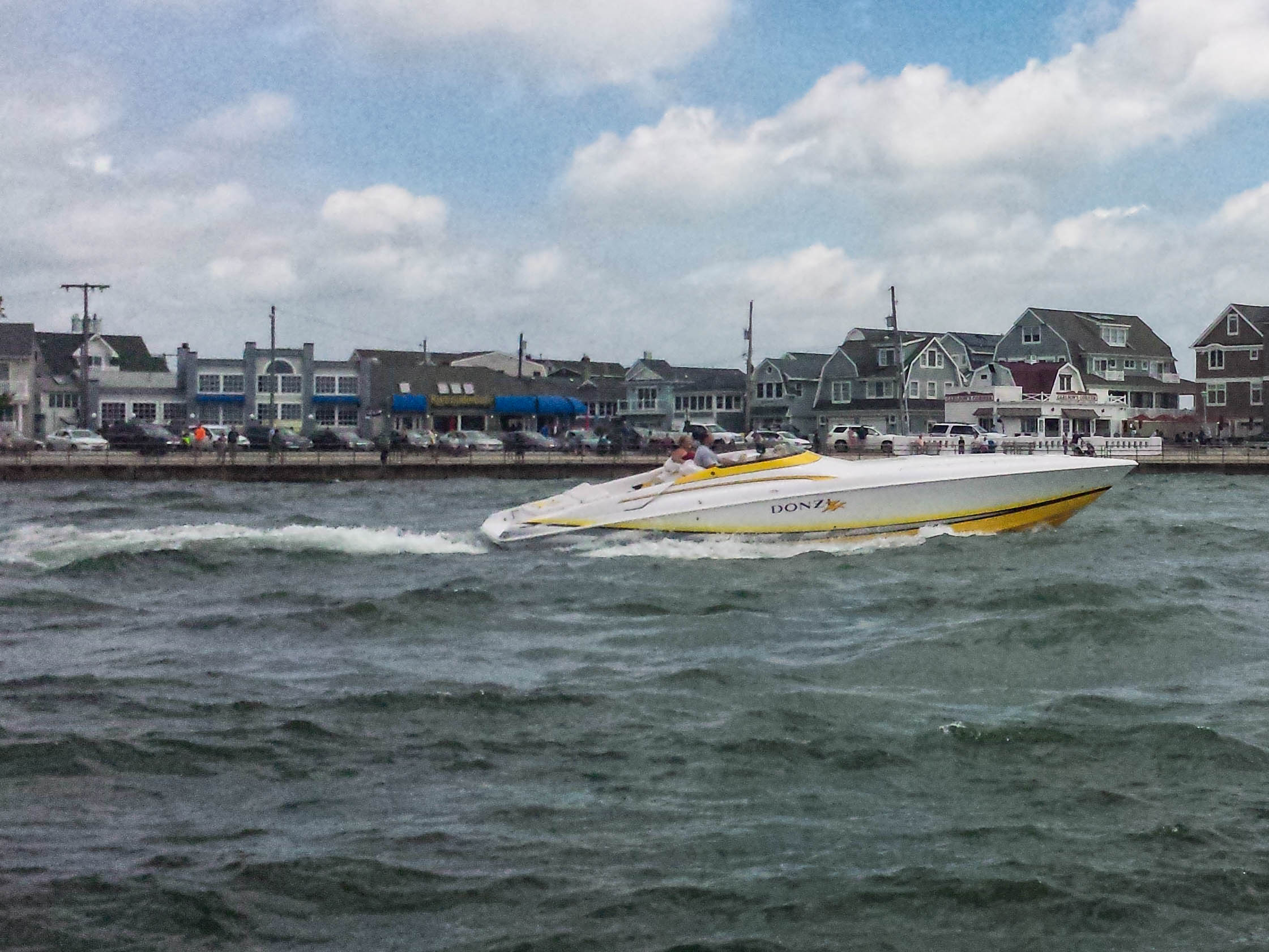 RAW VIDEO: Powerboats race in Point Pleasant Beach during the Offshore Grand Prix Sunday