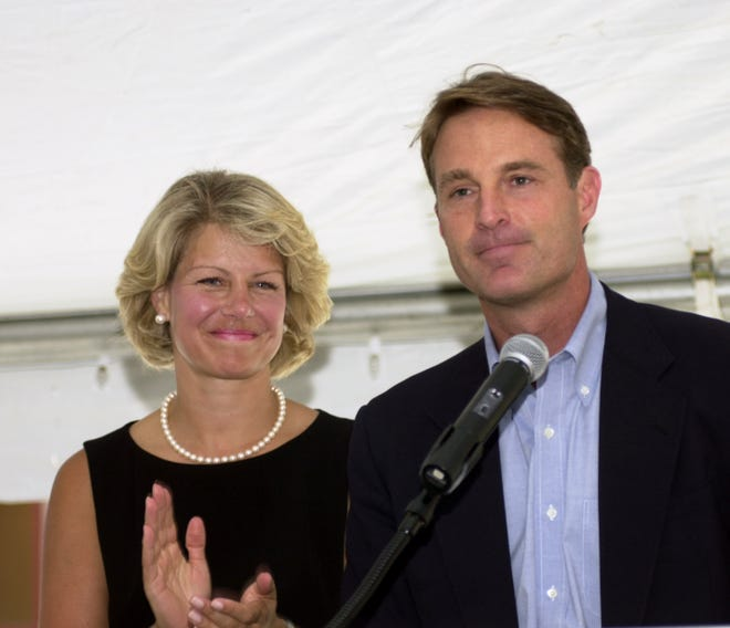 U.S. Senator Evan Bayh and his wife, Susan, are shown at the 2001 Democratic National Conversation at the NCAA Hall of Champions on July 15, 2001.