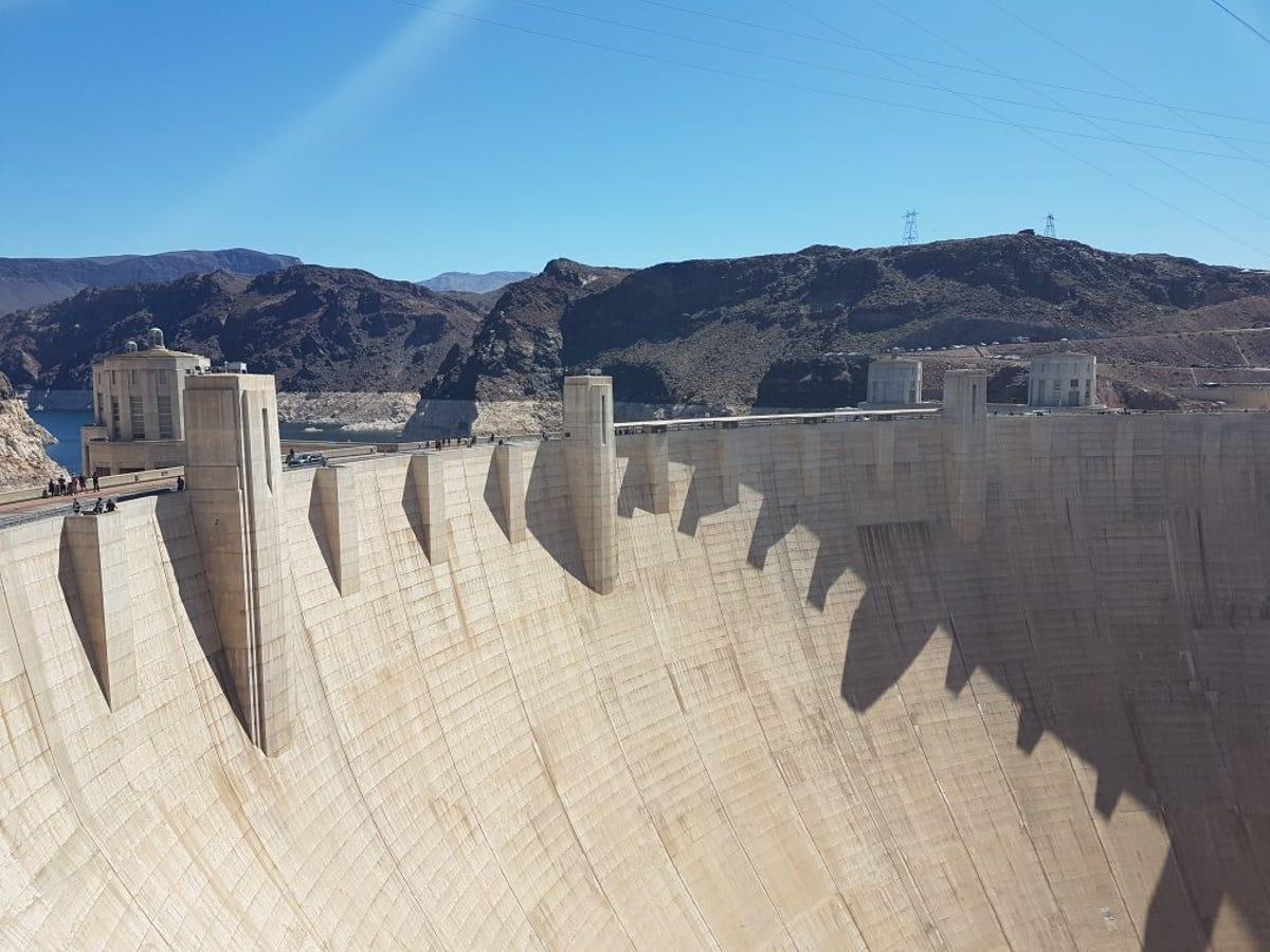 DPS: Man who blocked Hoover Dam bridge held political sign