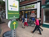 York launched the WalkWorks program in Tuesday. The loop through downtown, marked with yellow and green signs, is just over a mile.