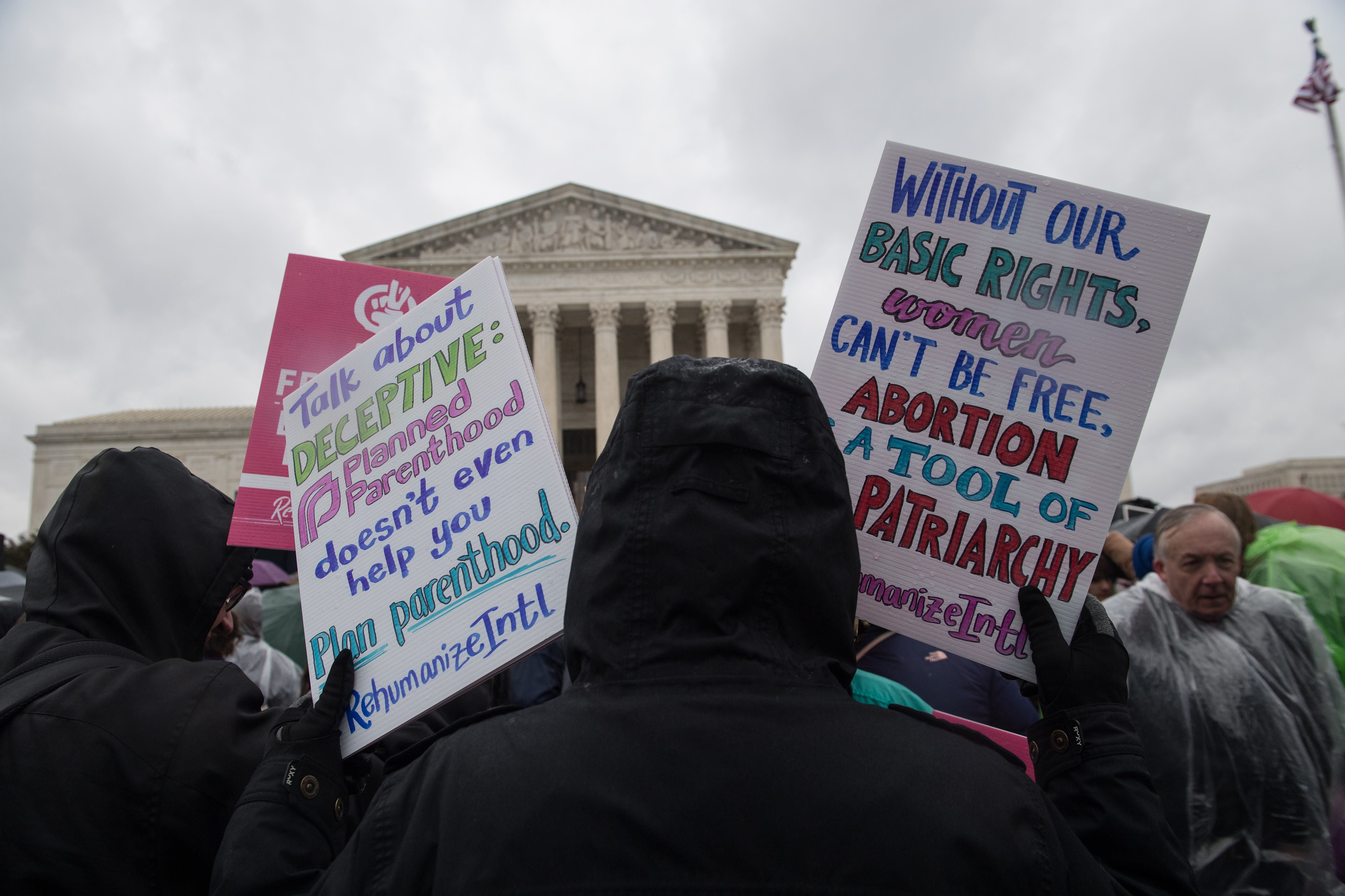 Supreme Court lets Arkansas abortion restrictions stand for now