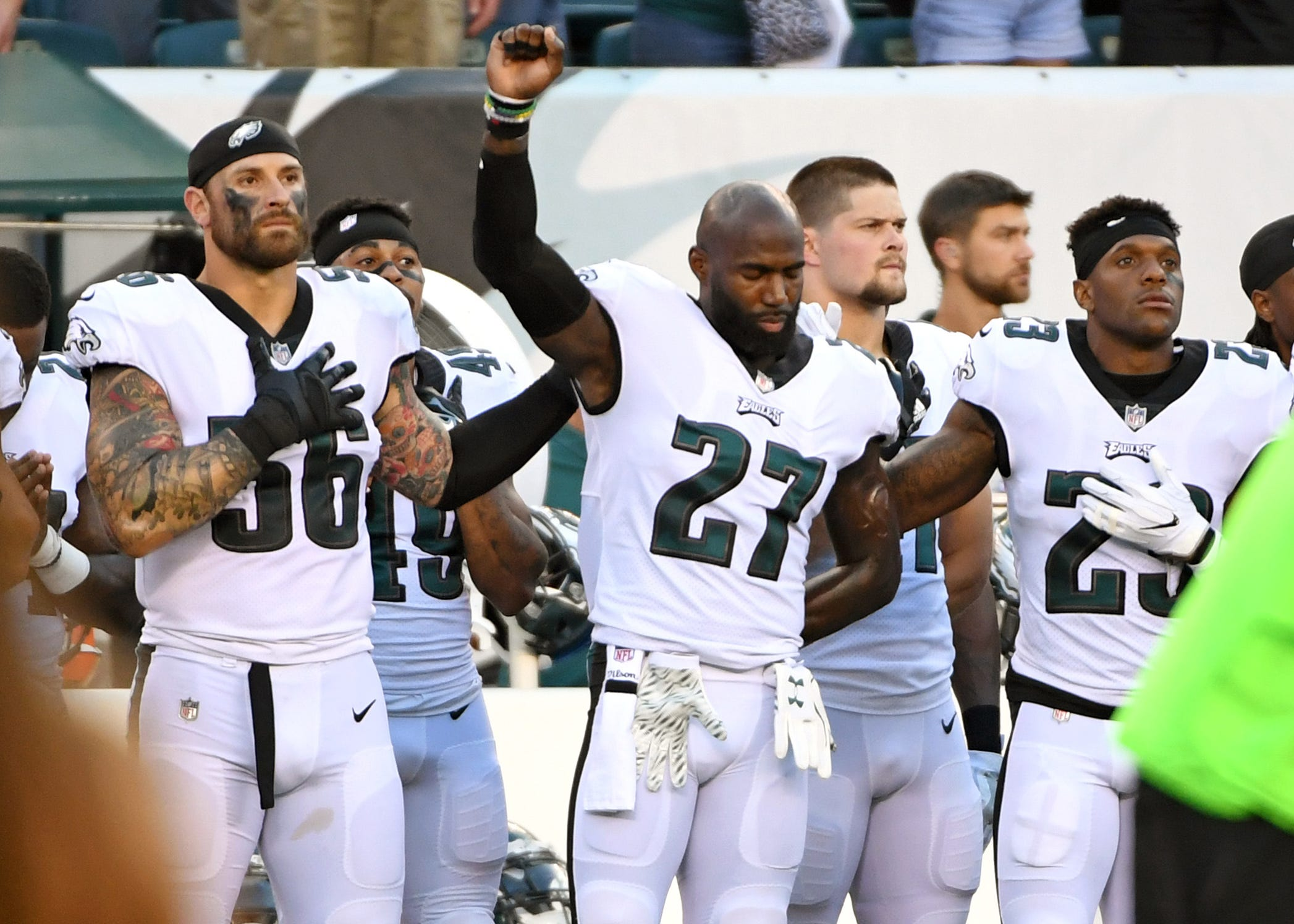 Eagles' Chris Long, Malcolm Jenkins rip NFL's 'clumsy' national anthem policy