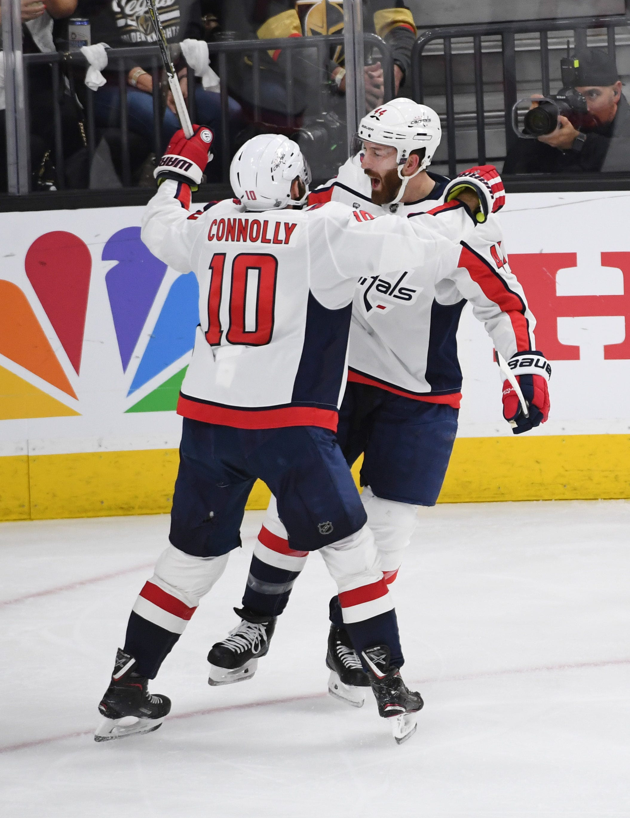Alex Ovechkin shows the way as Capitals beat Golden Knights to tie series