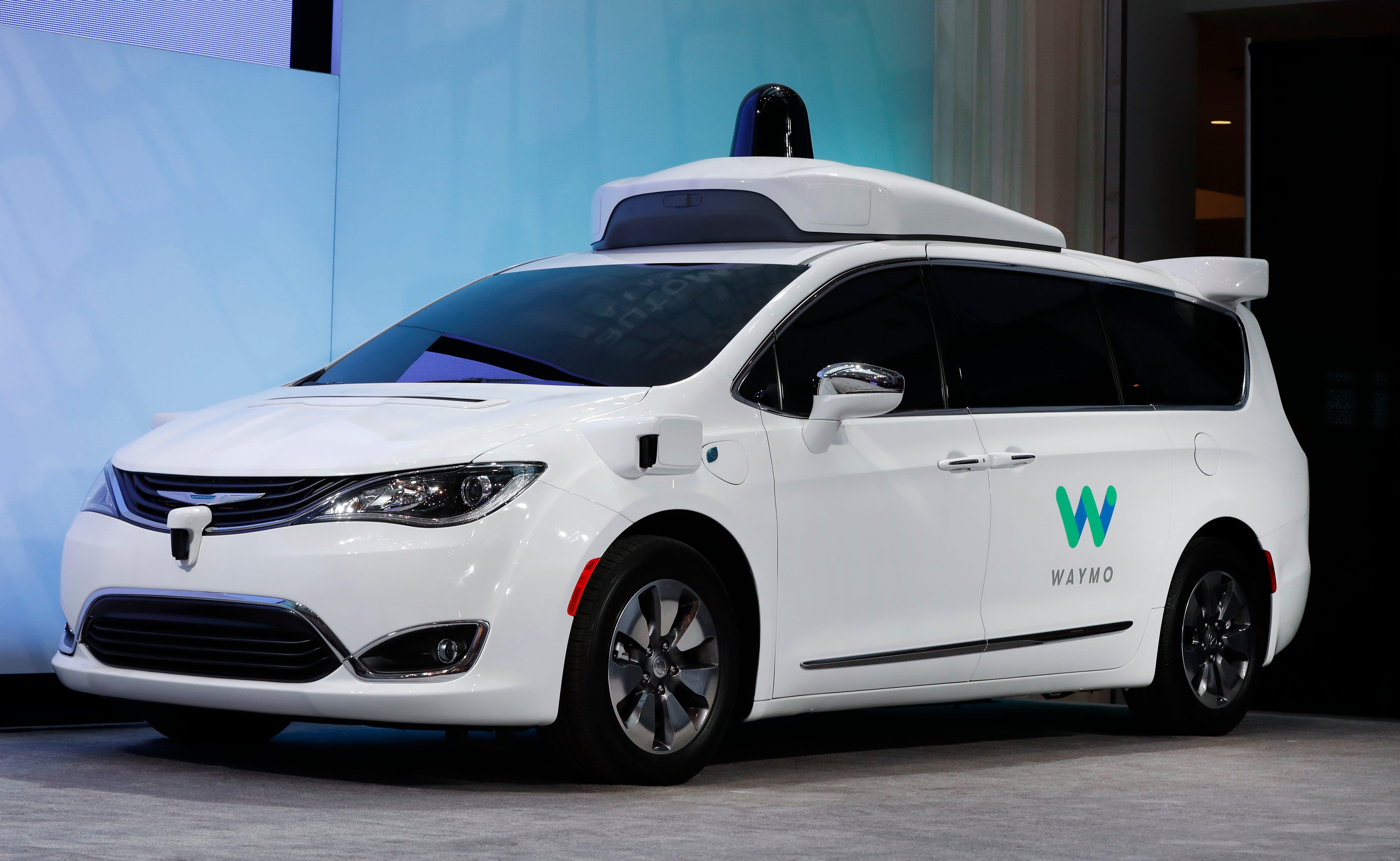 Waymo self-driving vehicle involved in Mesa crash | Arizona Central