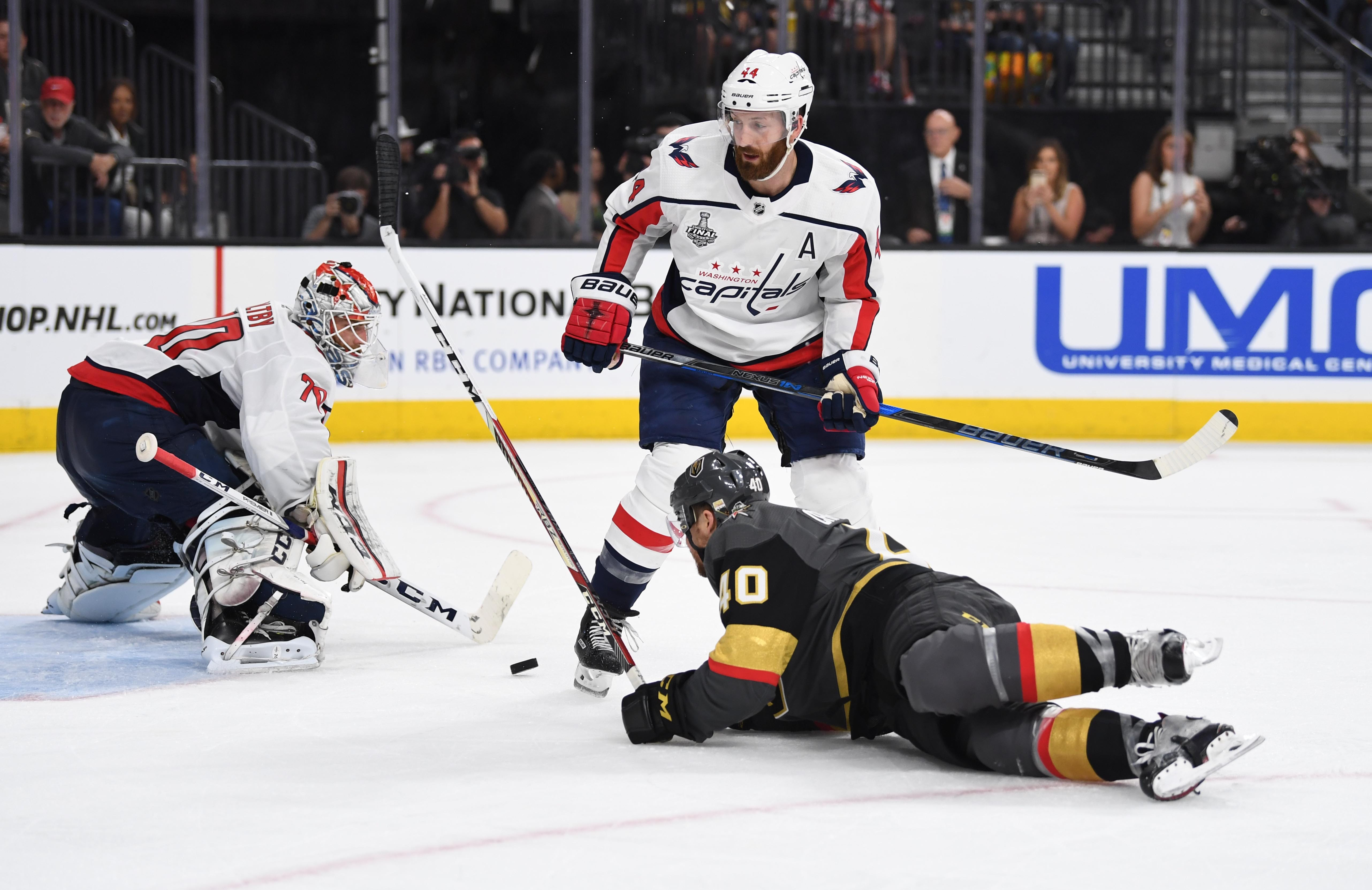 Capitals' Brooks Orpik stunned after huge hit to head, somehow still stays in Stanley Cup Final Game 3