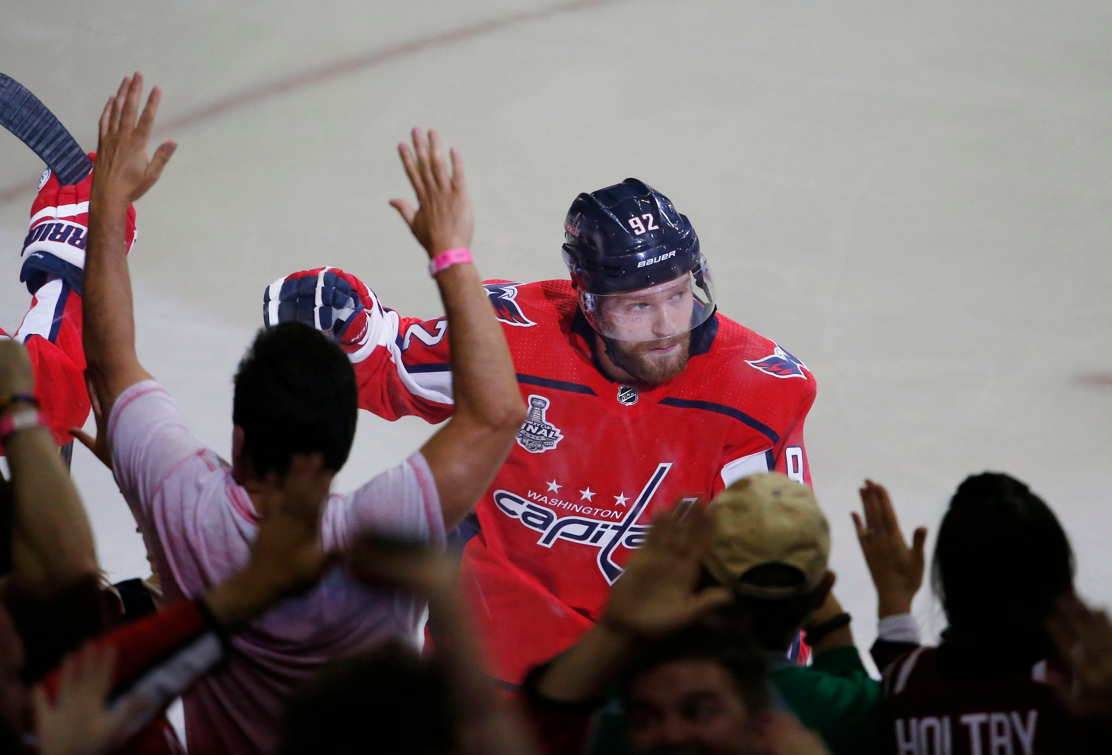 Washington Capitals' Evgeny Kuznetsov returns in Game 3, scores
