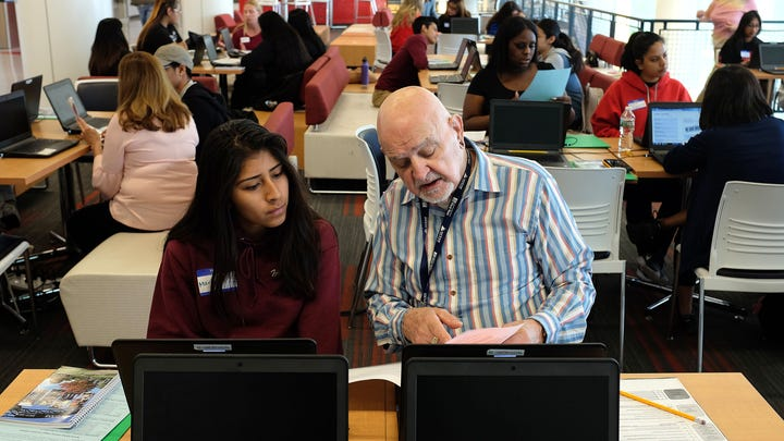 Ocean County College helps Lakewood students further education
