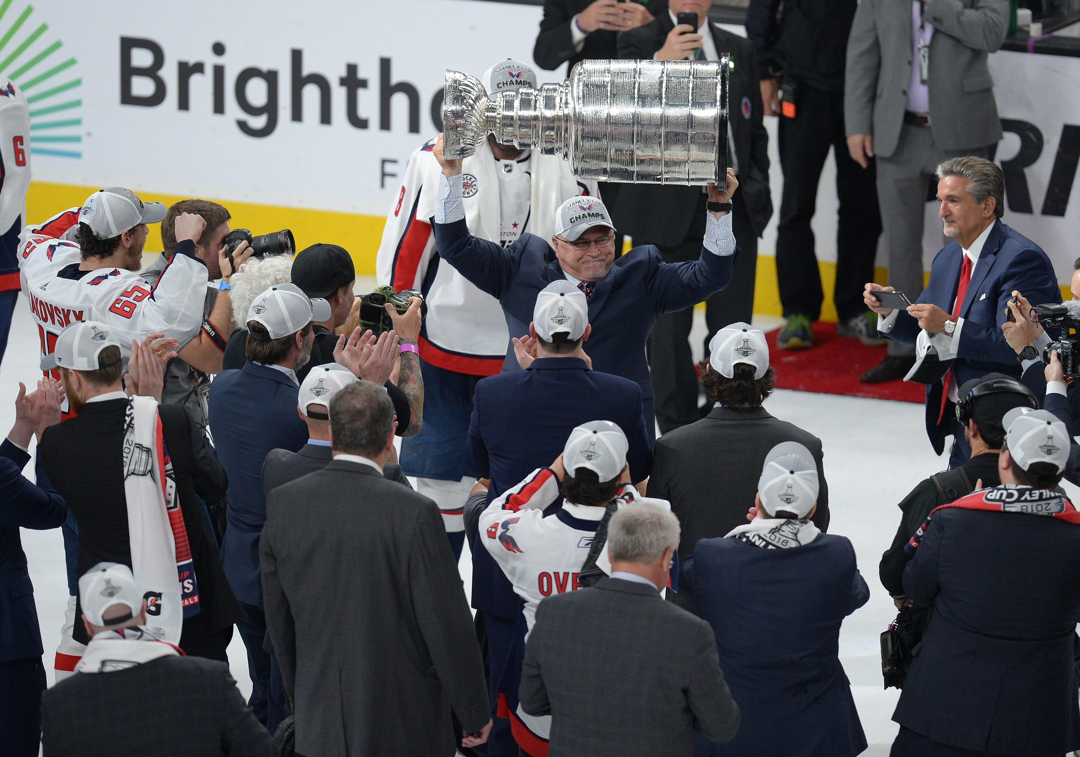 Trying to keep coach Barry Trotz is first priority for champion Capitals