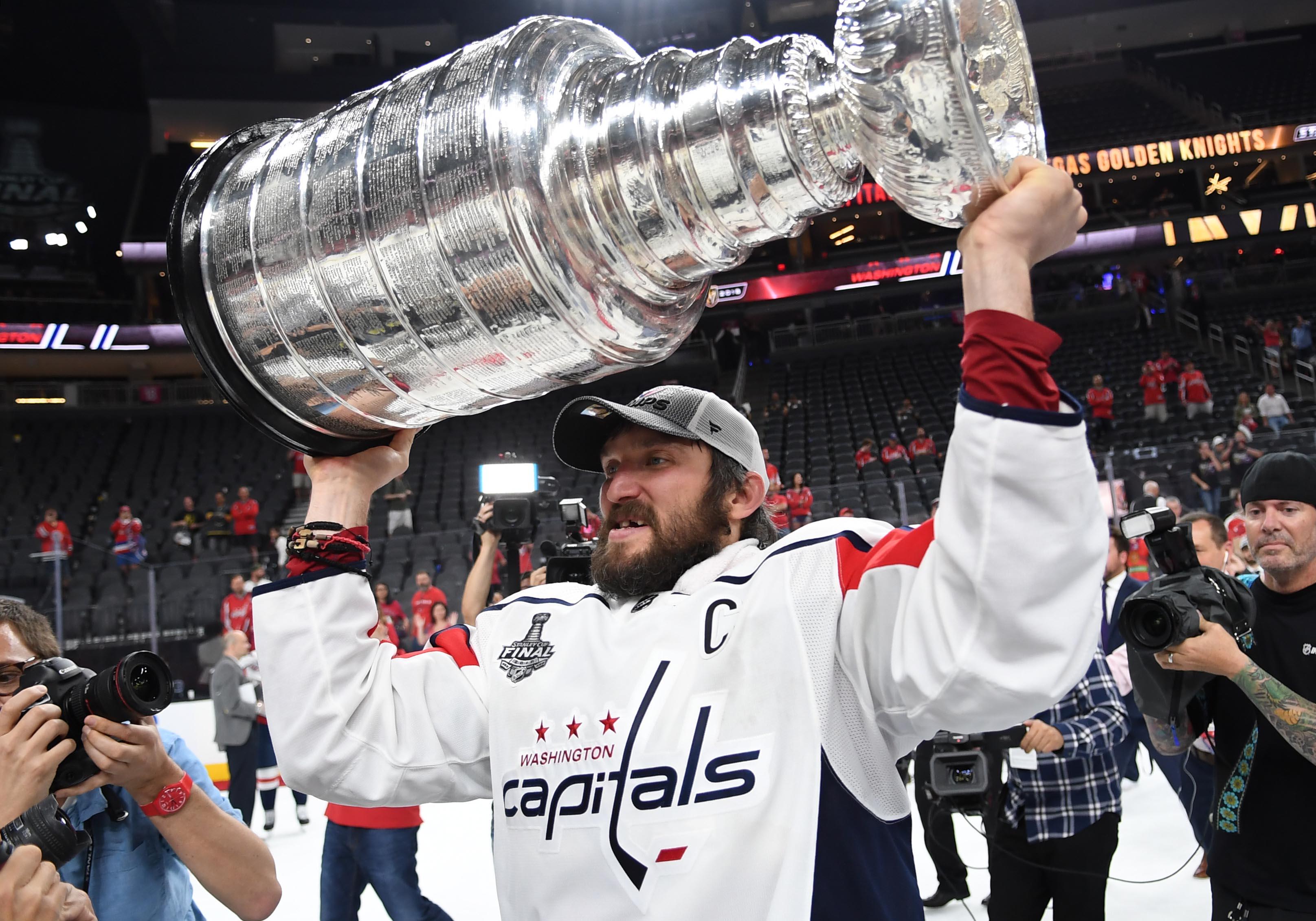 d4f9e2e3346 636640878872844956-USP-NHL-Stanley-Cup-Final-Washington -Capitals-at-100452739.JPG