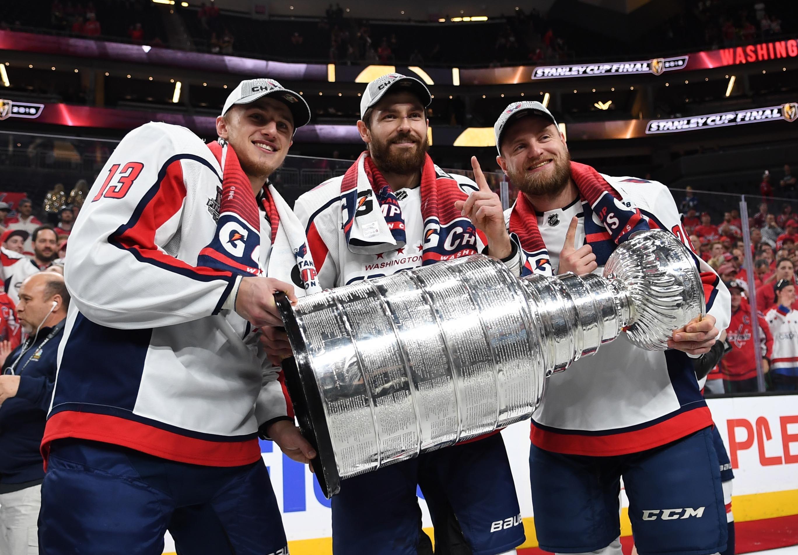 713006a45 636640890367310638-USP-NHL-Stanley-Cup-Final-Washington-Capitals-at-100452593.JPG