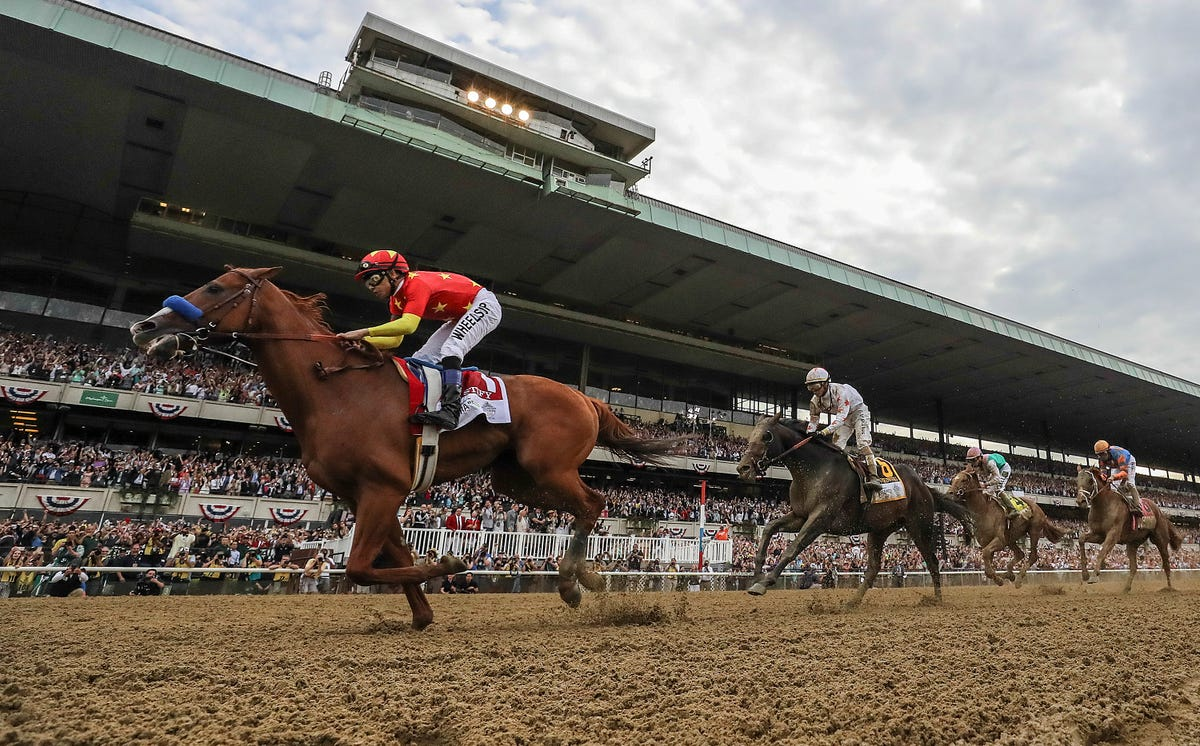 Justify doesn't need popularity — he has his Triple Crown