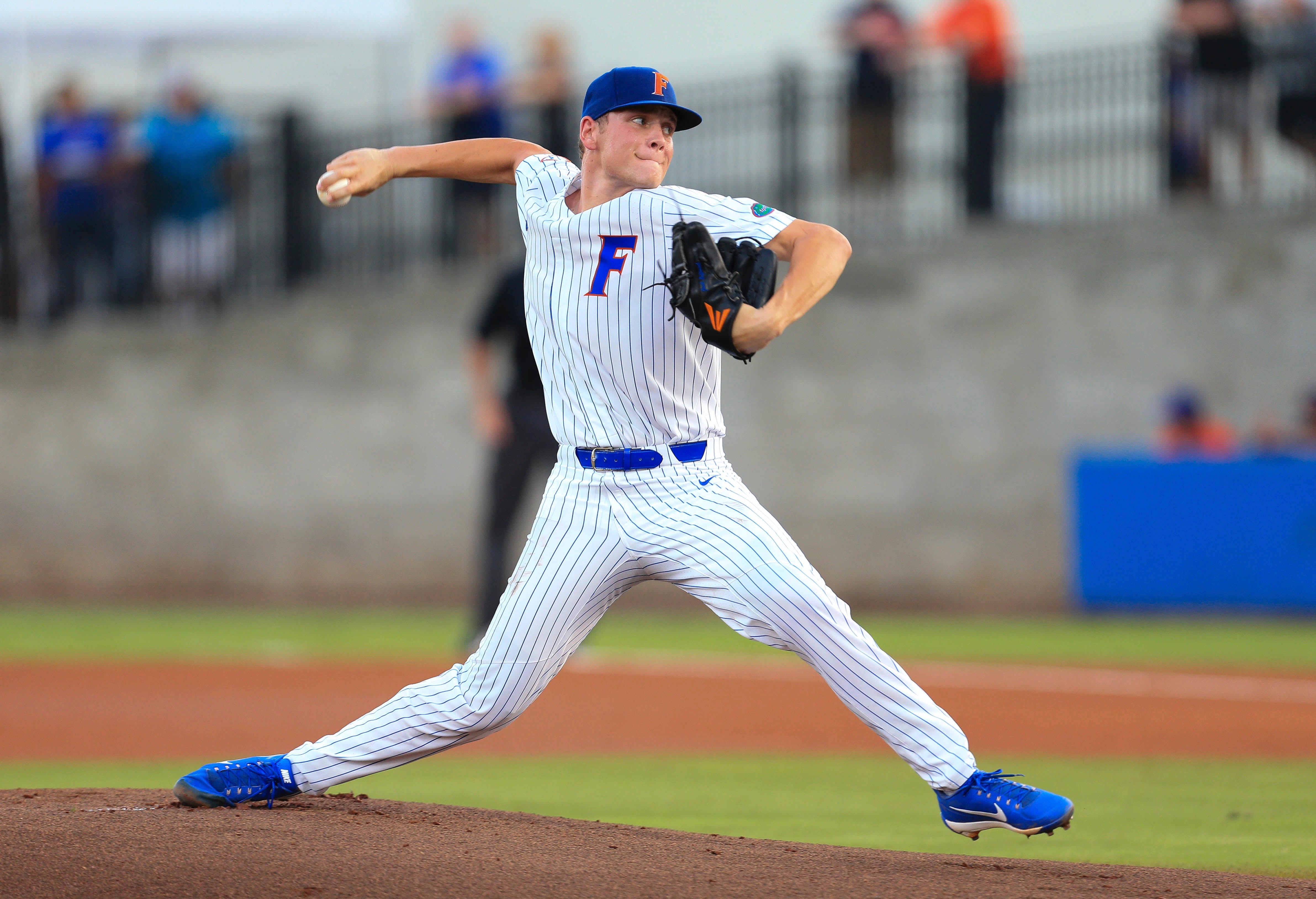 Langworthy's homer sends Florida to College World Series