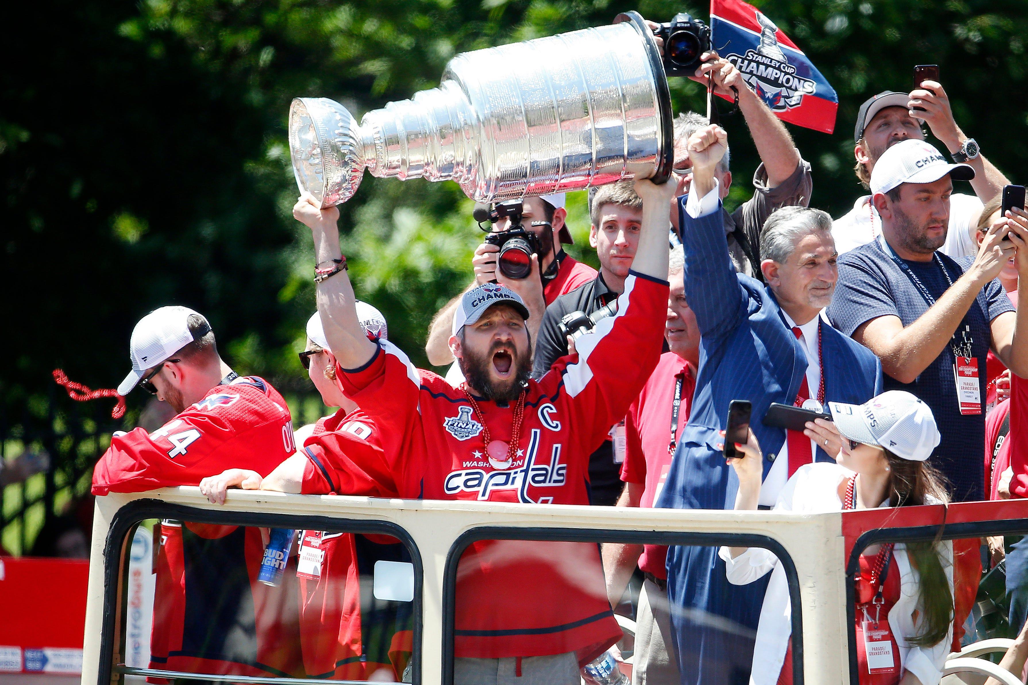 307df034def 636644103764364415-USP-NHL--Washington-Capitals-Stanley-Cup-Champions.9.jpg
