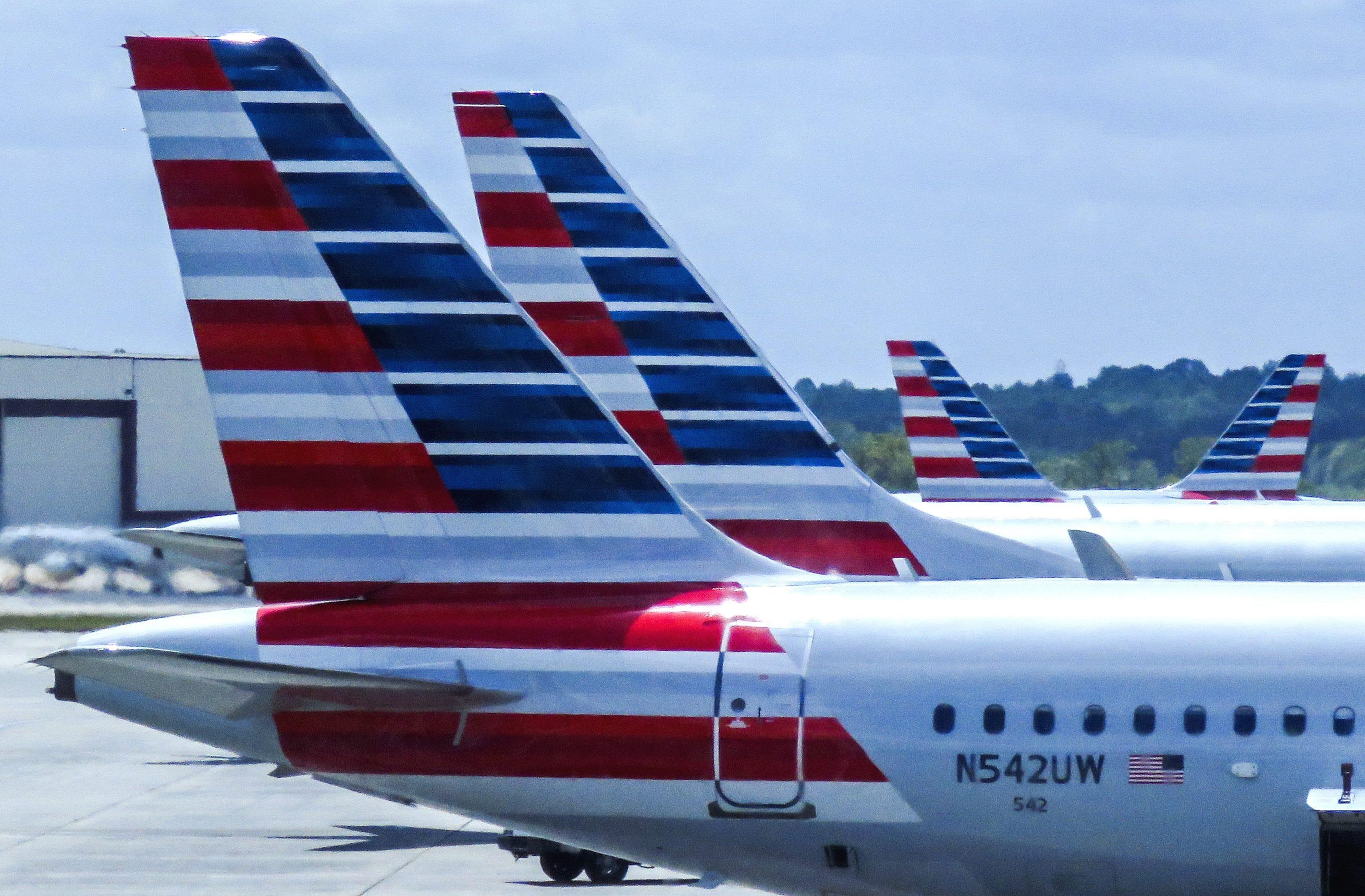 300+ flights canceled at Charlotte Douglas International Airport