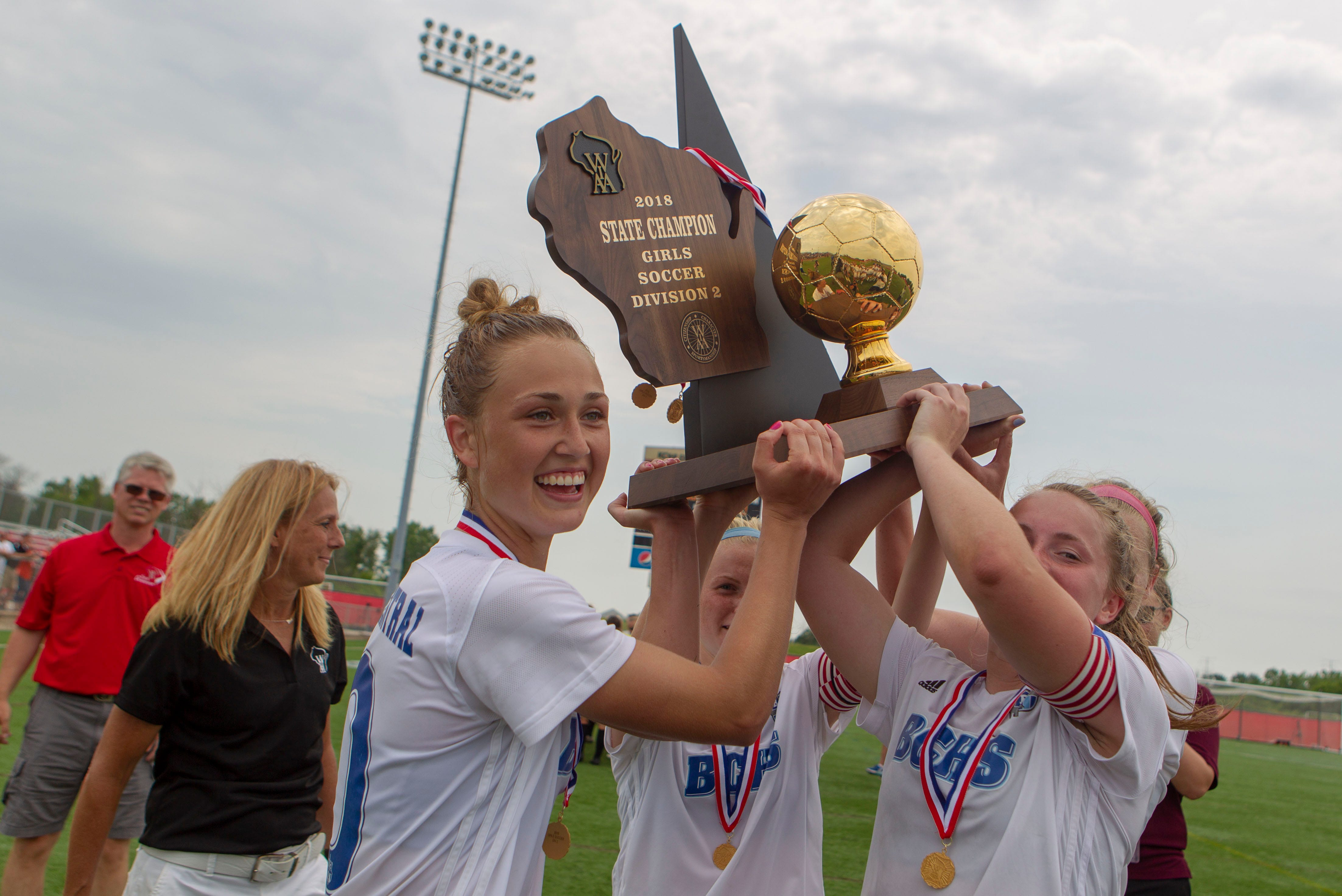 http://www jsonline com/picture-gallery/sports/high-schools