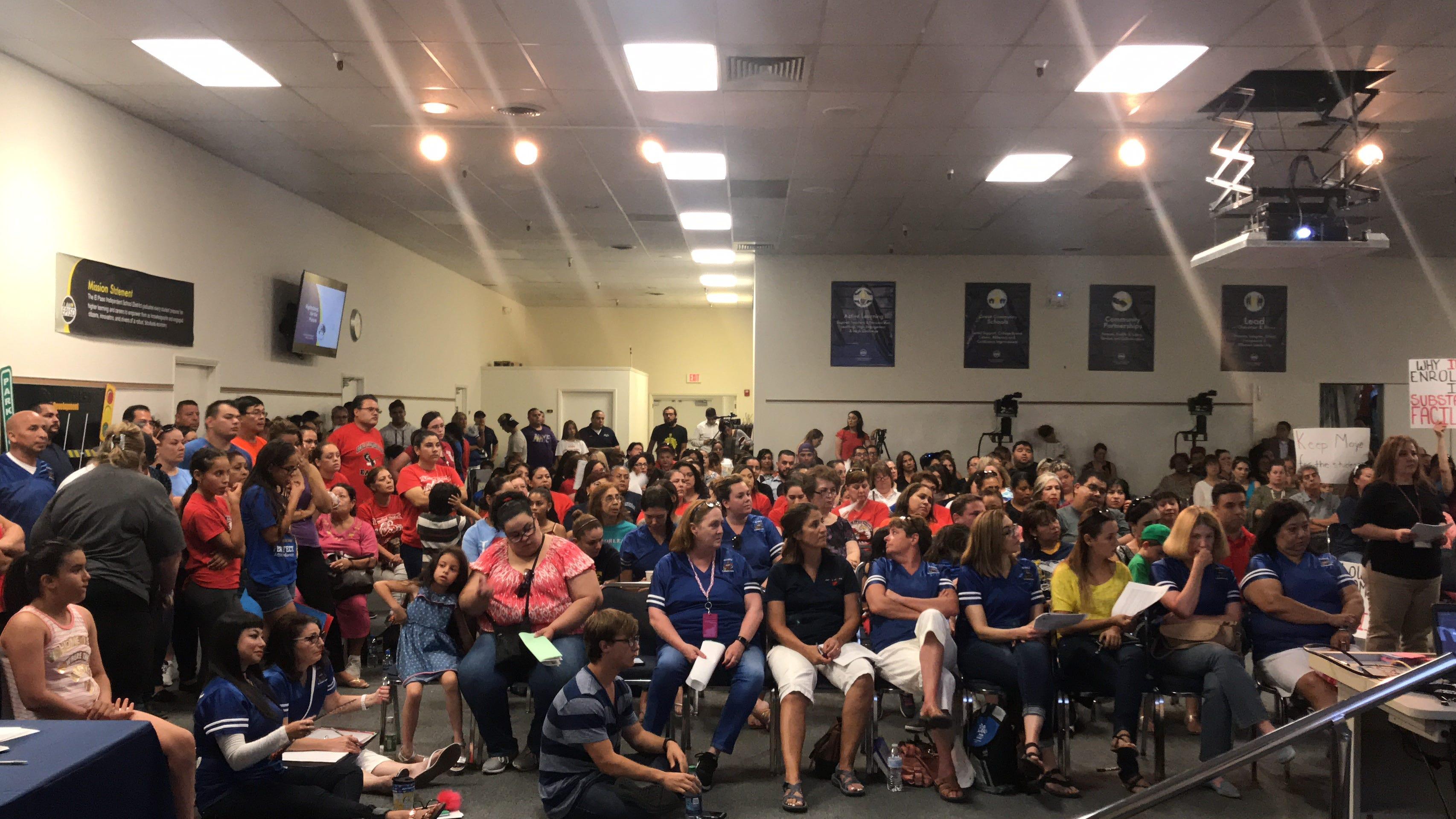 EPISD meeting on school closings gets intense; state lawmakers urge delay in plan | El Paso Times