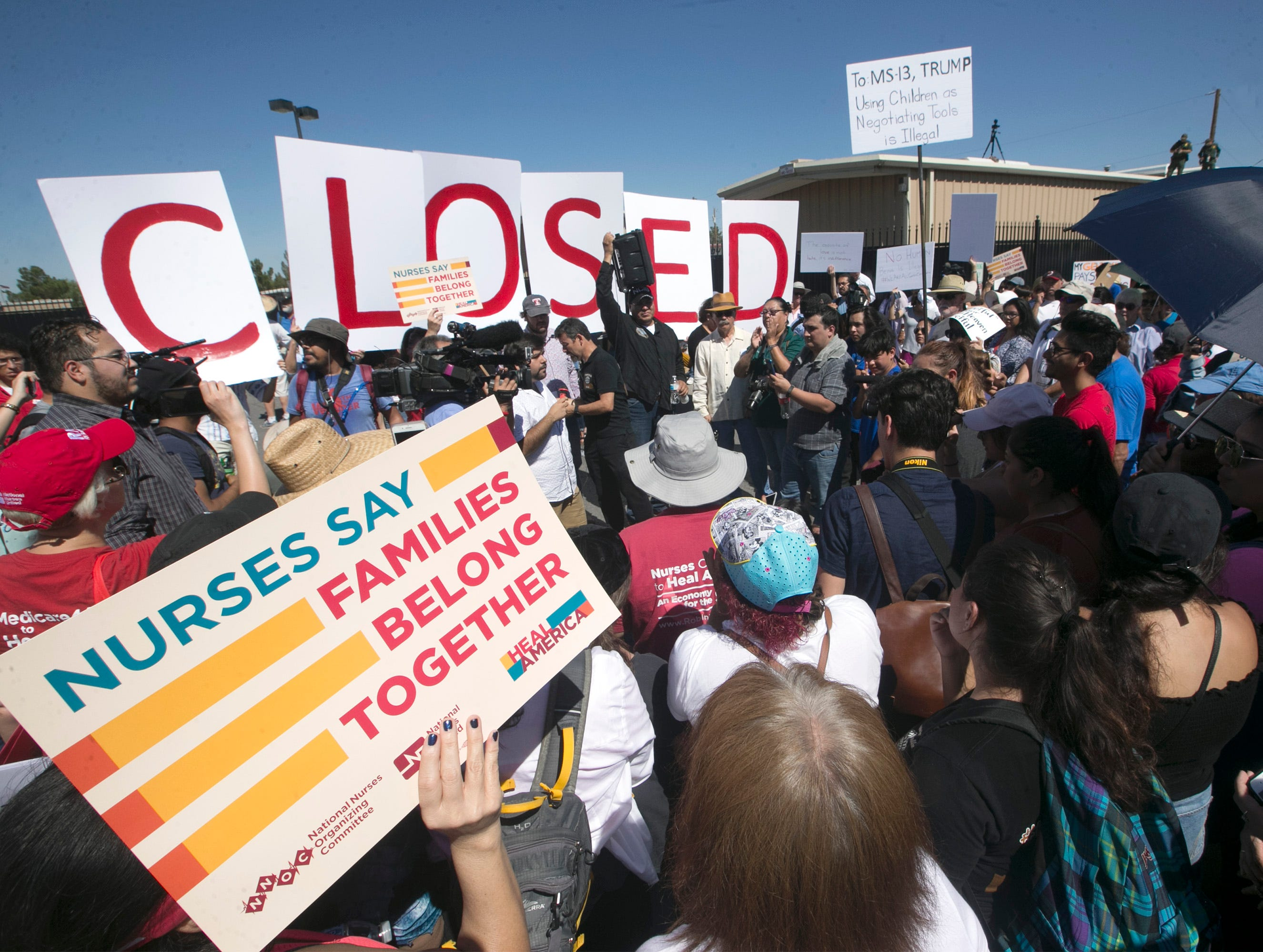 East El Paso march protests Trump immigration policy separating families | El Paso Times