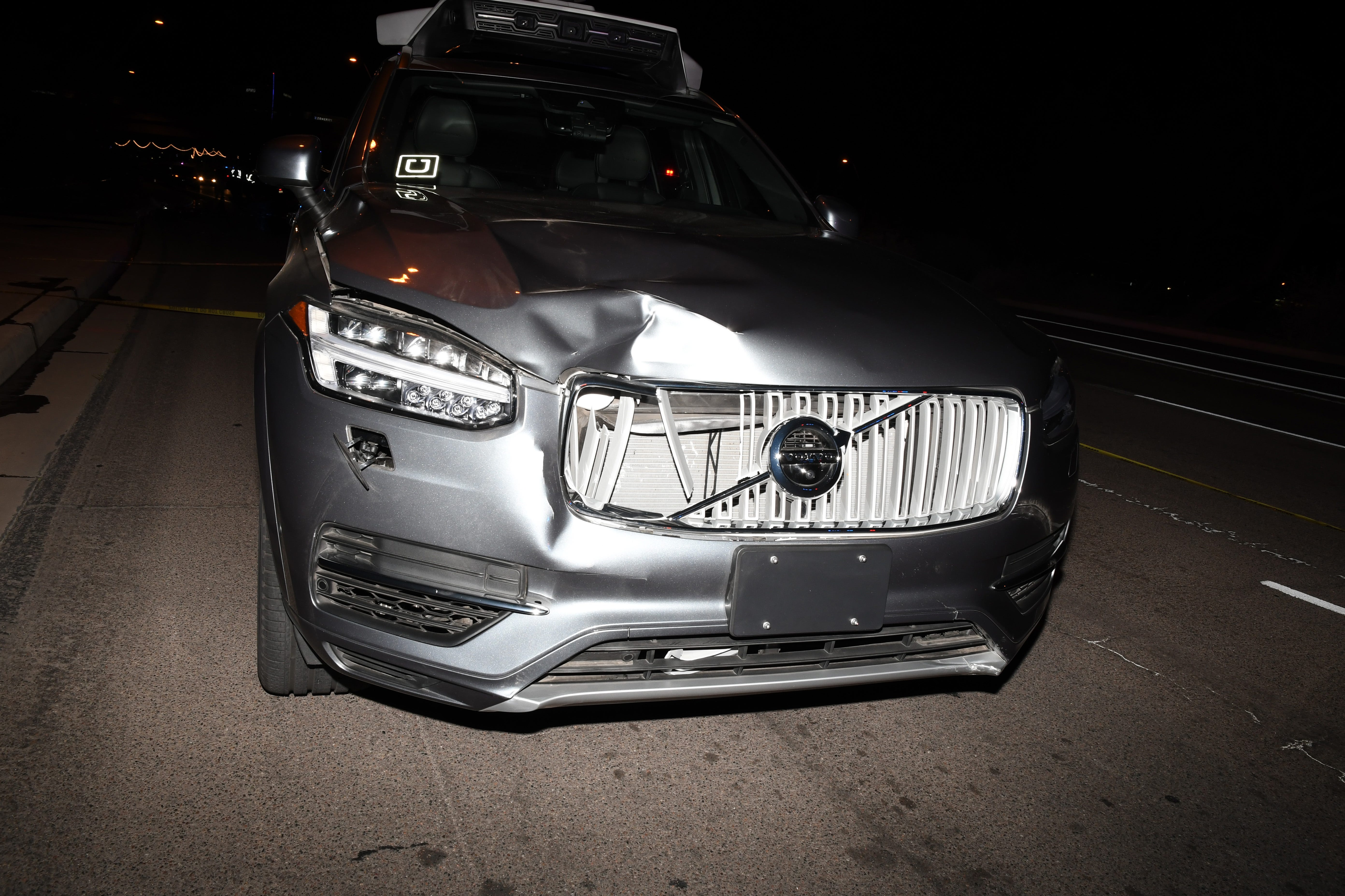 Uber driver mostly to blame for fatal self-driving crash, NTSB finds