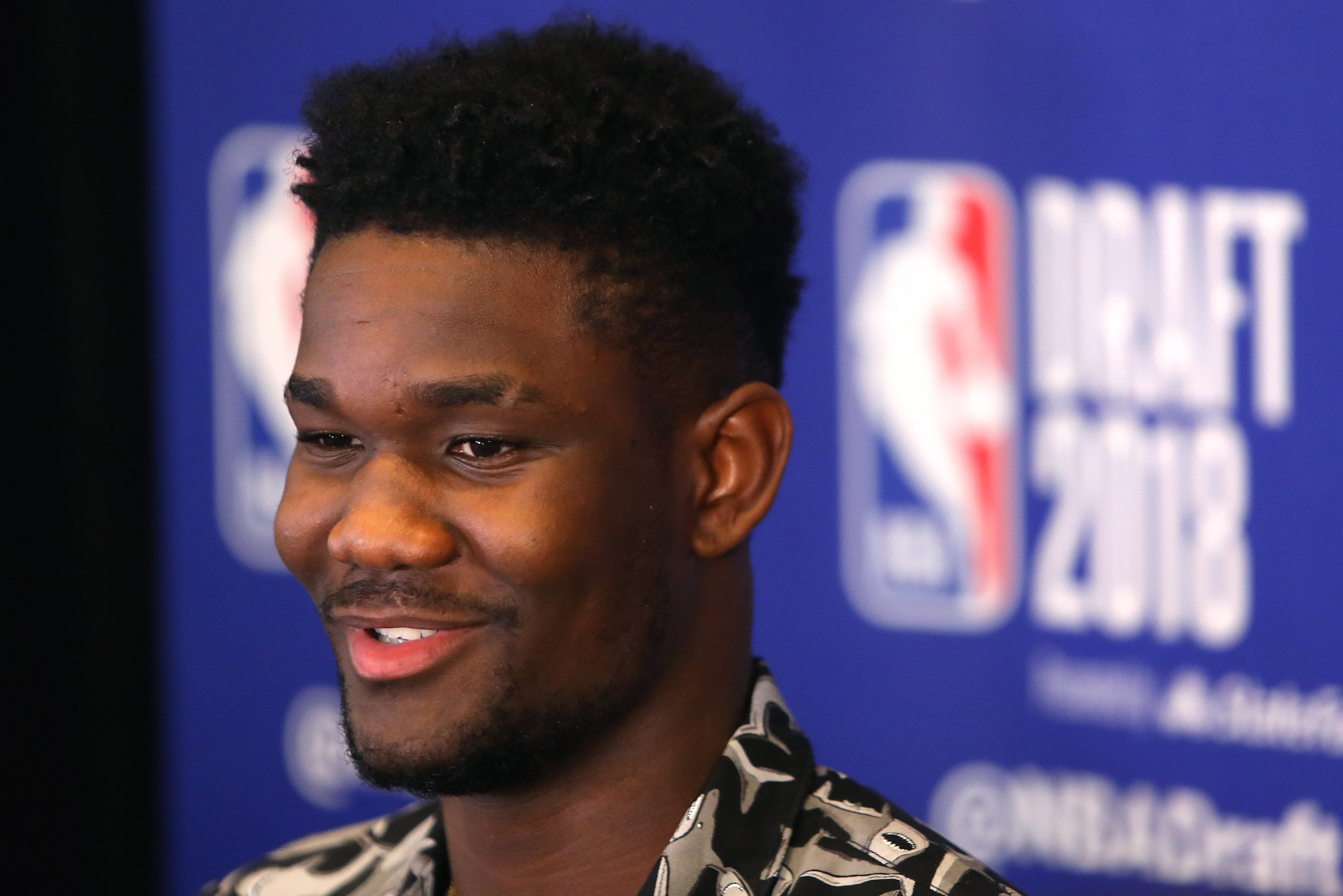 Deandre Ayton played a lot of Fortnite before NBA draft