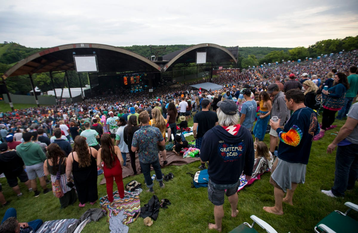 Alpine Valley Music Theatre gets ready for busiest season in 15 years