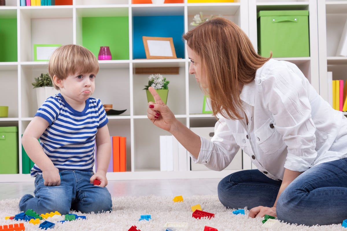 Helicopter Parenting May Negatively Affect Childrens Emotional >> Helicopter Parenting Linked To Negative Well Being Behavior In Kids