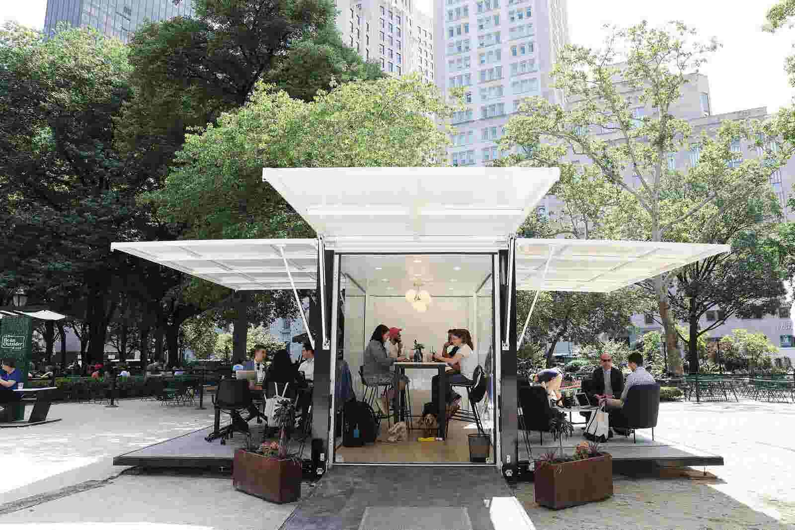 outdoors. Desk, Swivel Chair, Trees: Why Companies Are Moving The Office Outdoors