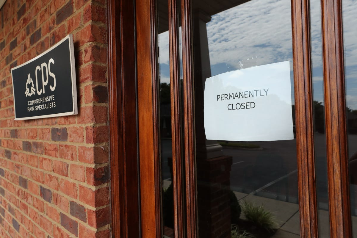 Comprehensive Pain Specialists, closed in July, leaving some ex-patients  without medical records
