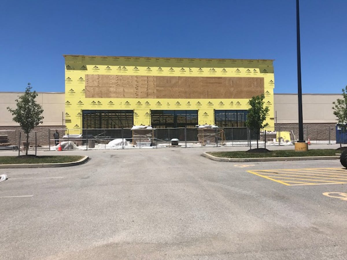 Hobby Lobby at West Manchester Town Center to open soon in