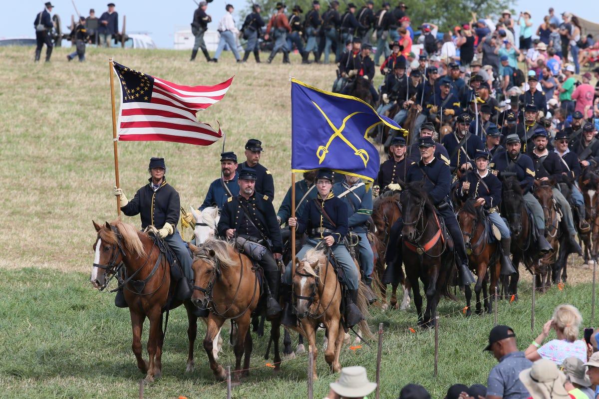 Gettysburg battle reenactment schedule of anniversary events