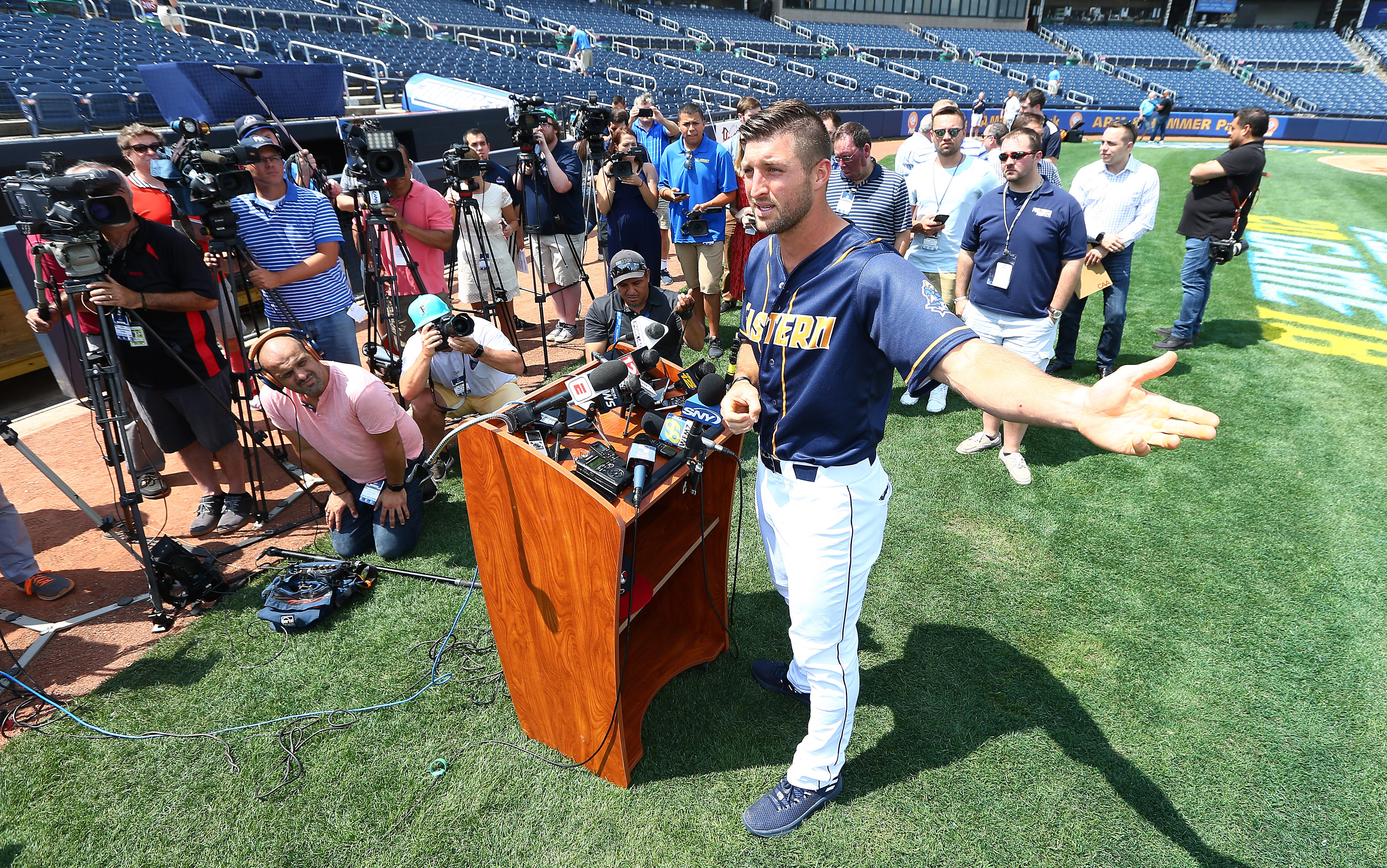 buy popular 128e4 89b66 VIDEO: Tim Tebow speaks to media at Eastern League All-Star game