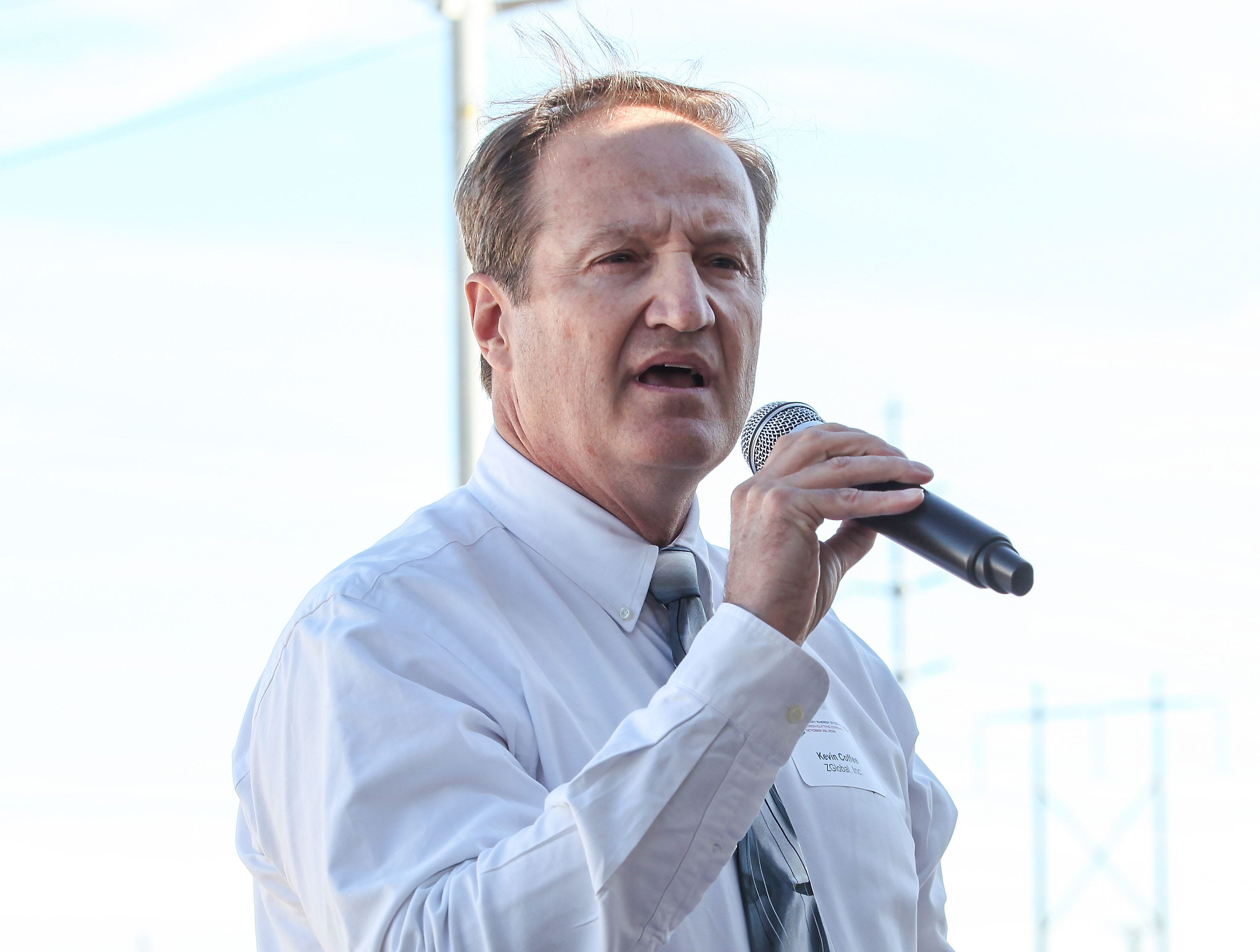 ZGlobal vice president Kevin Coffee speaks at the dedication ceremony for the Imperial Irrigation District's battery storage project on Oct. 26, 2016.