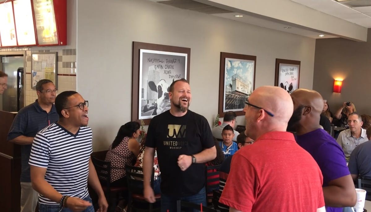 Watch a cappella singers flash mob a Nashville Chick-fil-A