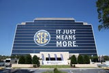 SportsPulse: USA TODAY Sports' Dan Wolken breaks down the burning questions heading into the 2018 SEC football season.