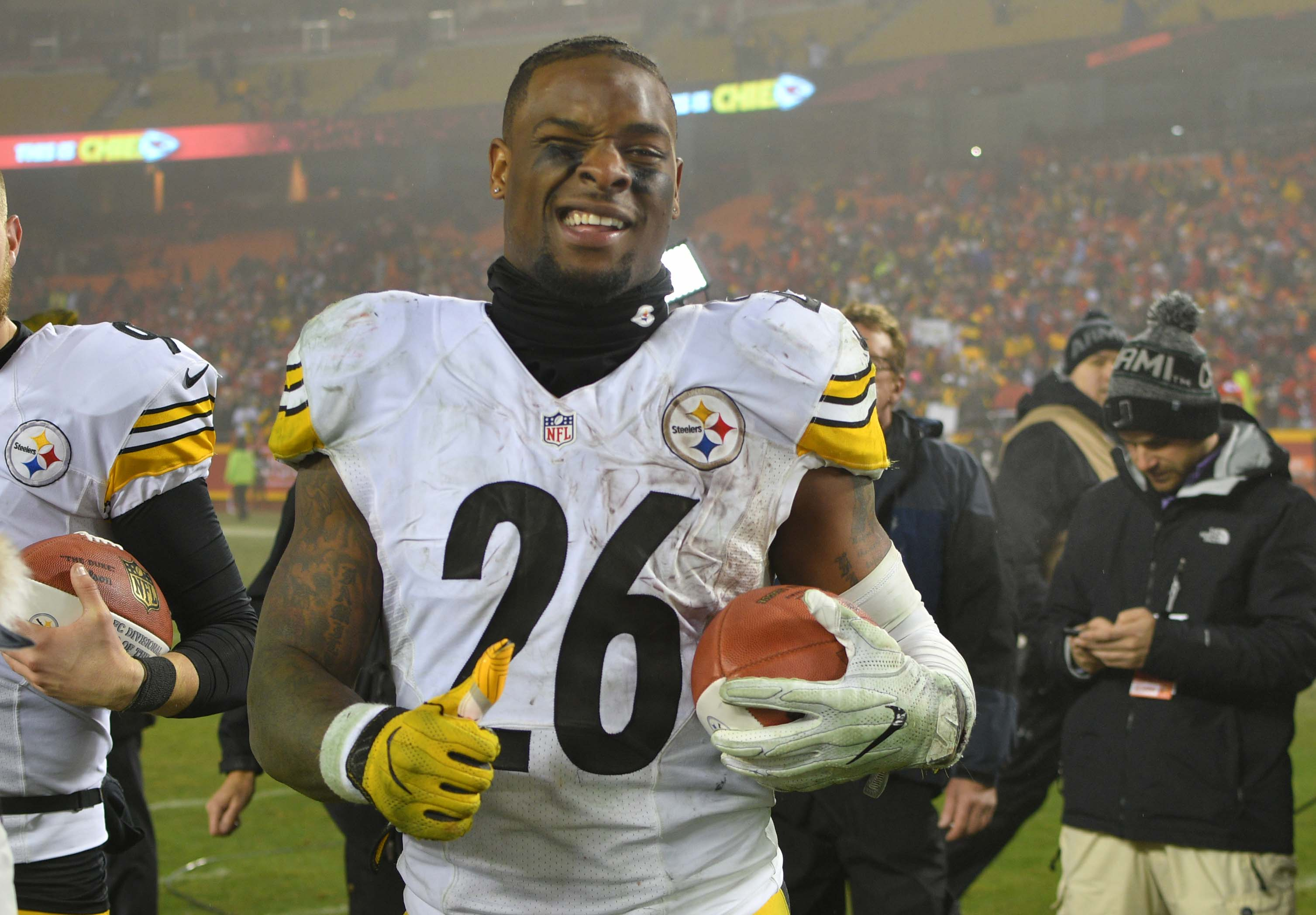 What's next for Le'Veon Bell? How Steelers RB might handle this season, free agency