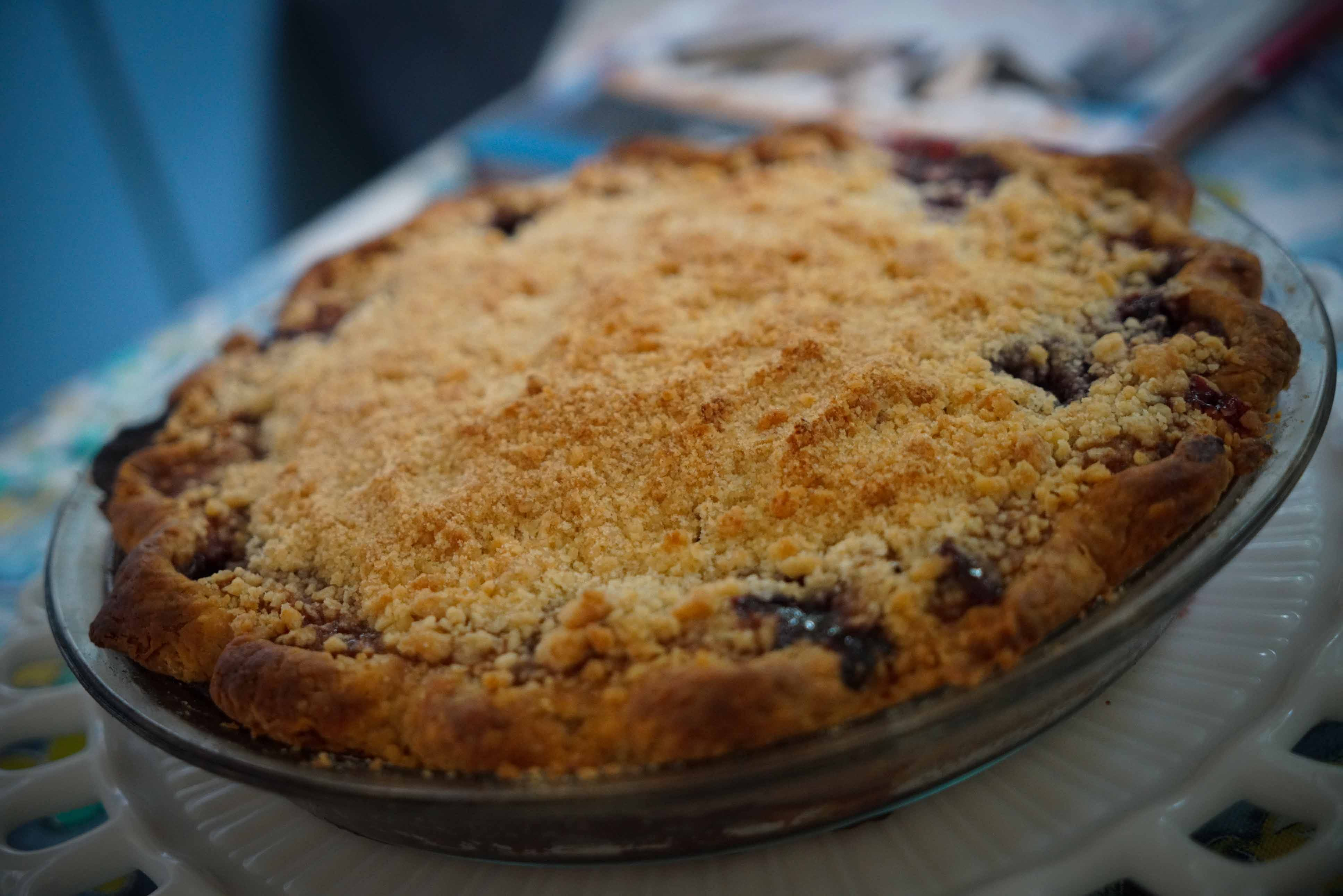 Pie maker goes for a win at Delaware State Fair