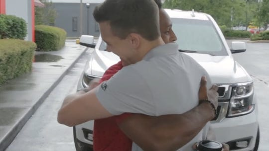 Alabama college student walks almost 20 miles overnight to first day of work; CEO gives him his car