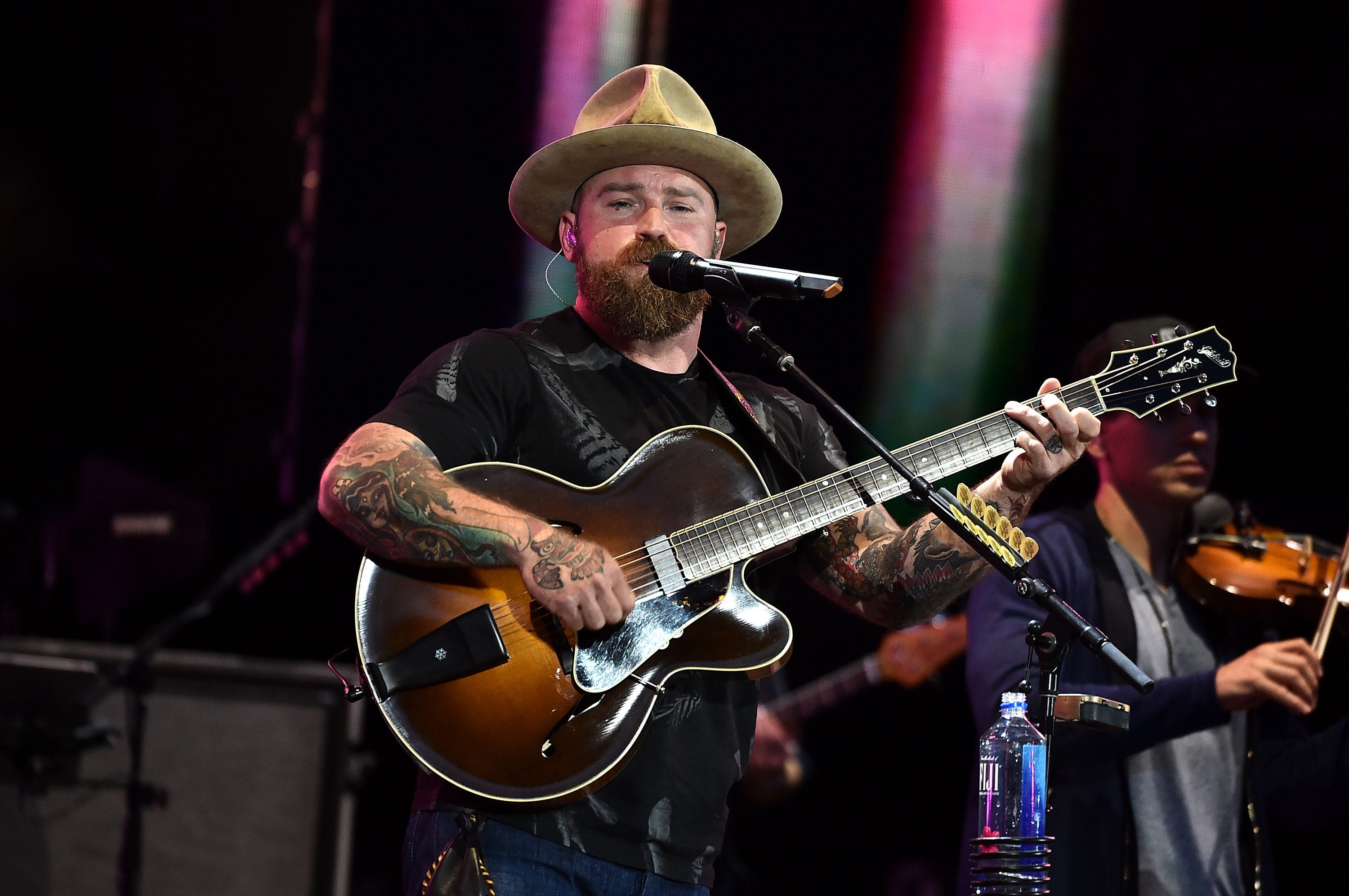 Country star  Zac Brown, wife Shelly announce they're splitting after 12 years of marriage