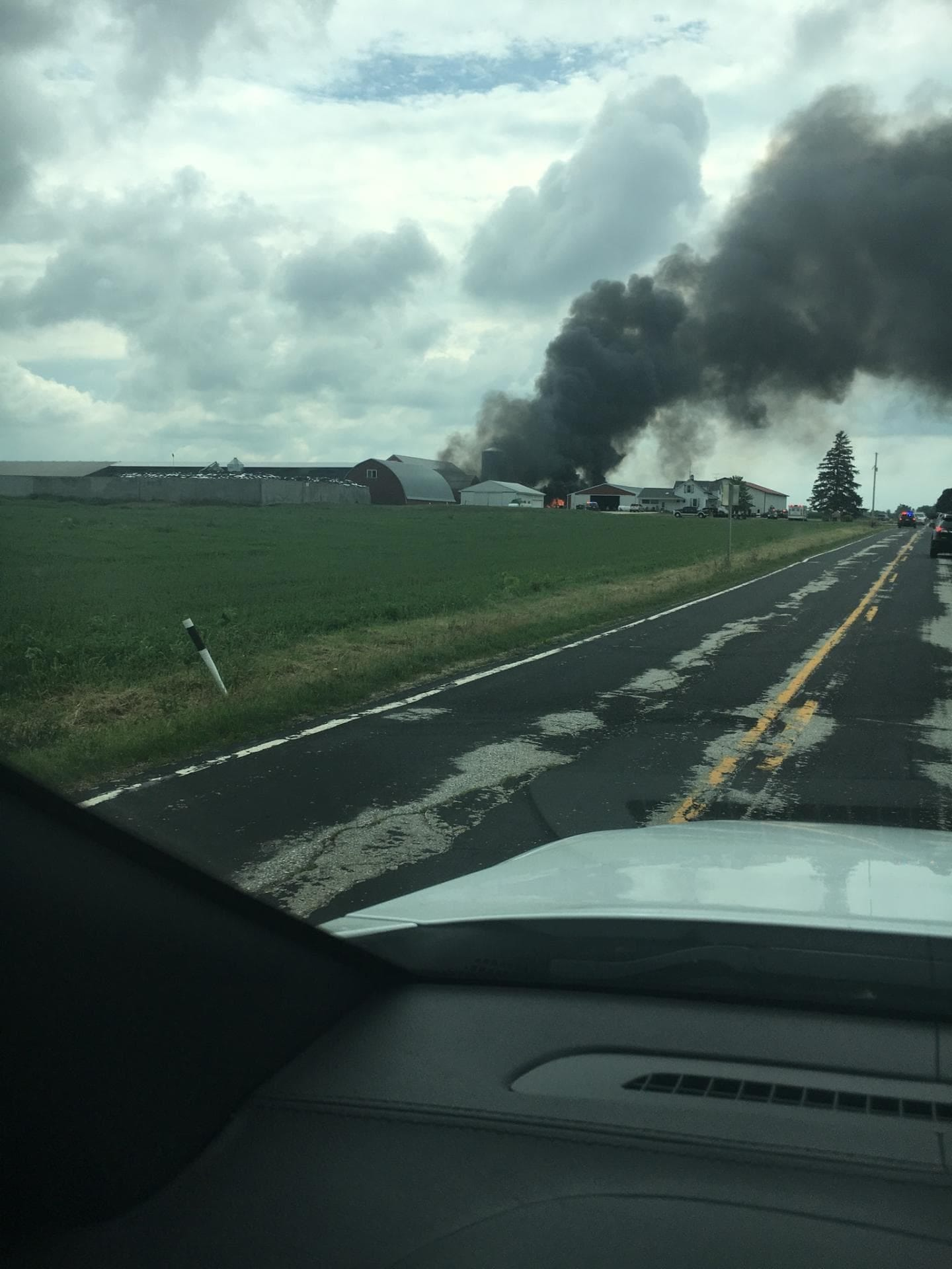 Pilot dead, two farm workers injured after plane crash near Sheboygan airport Image