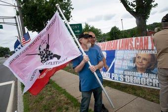 Pro-Trump, Anti-Murphy rally held in Middletown