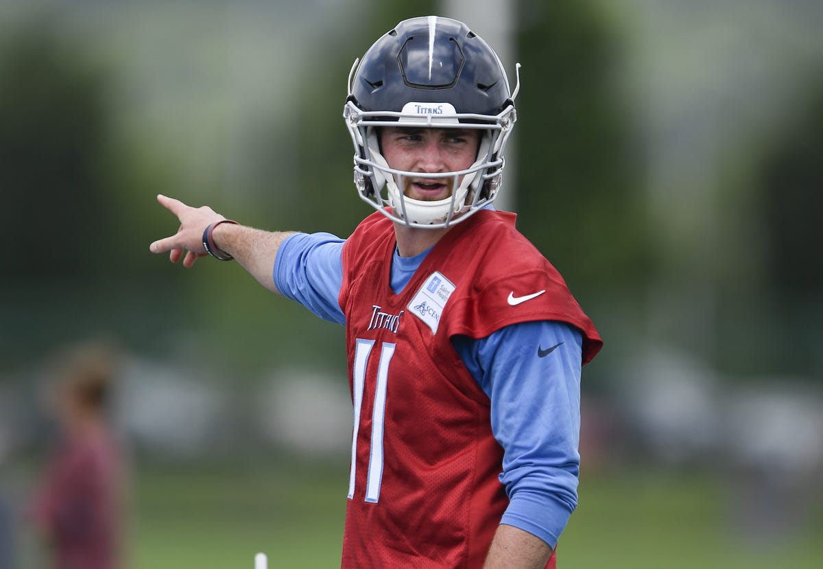 promo code 1d77a 5d45c Tennessee Titans: Luke Falk has plans for camp honoring ...