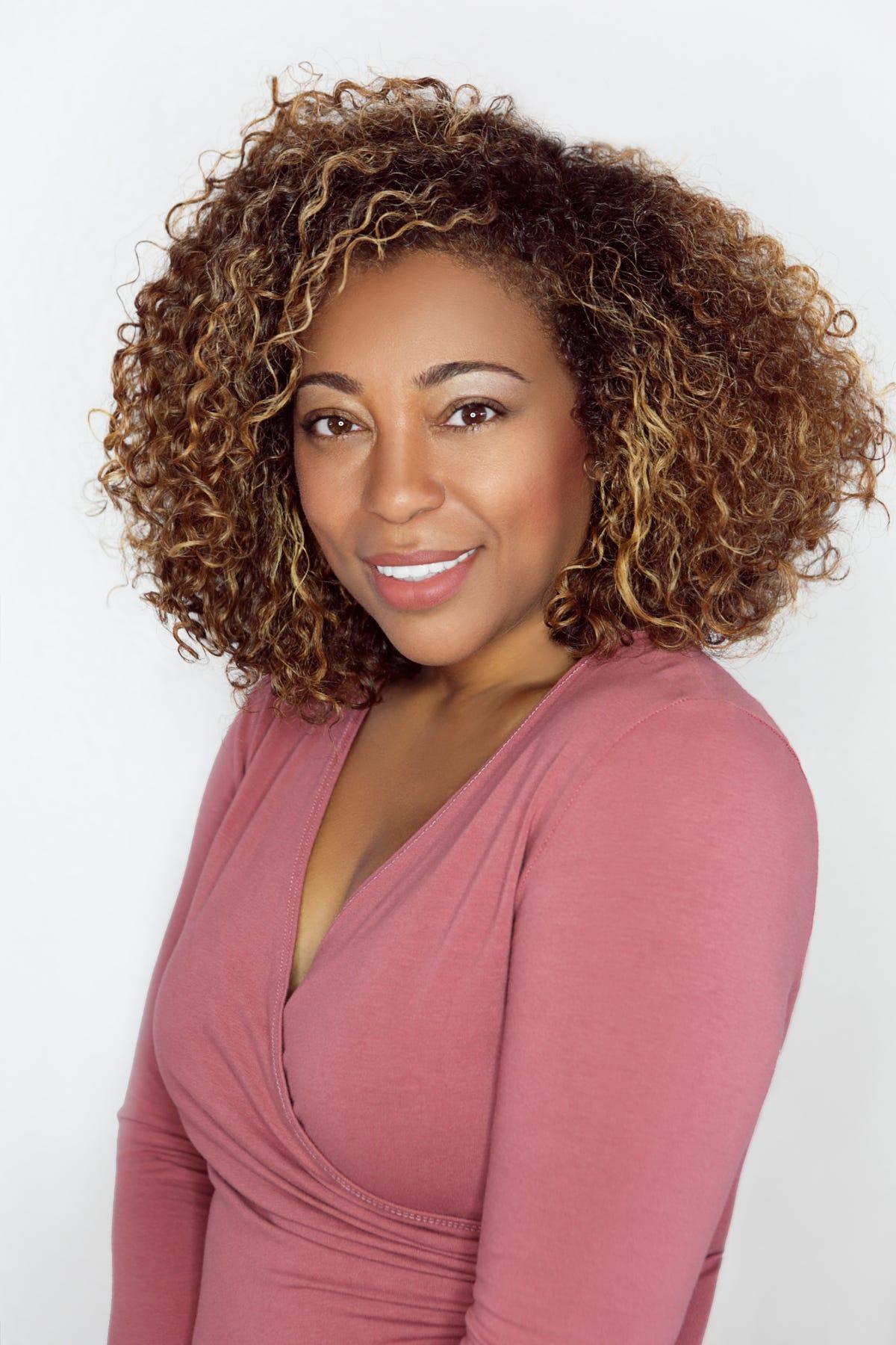 How I became a celebrity hairstylist to stars like Alicia